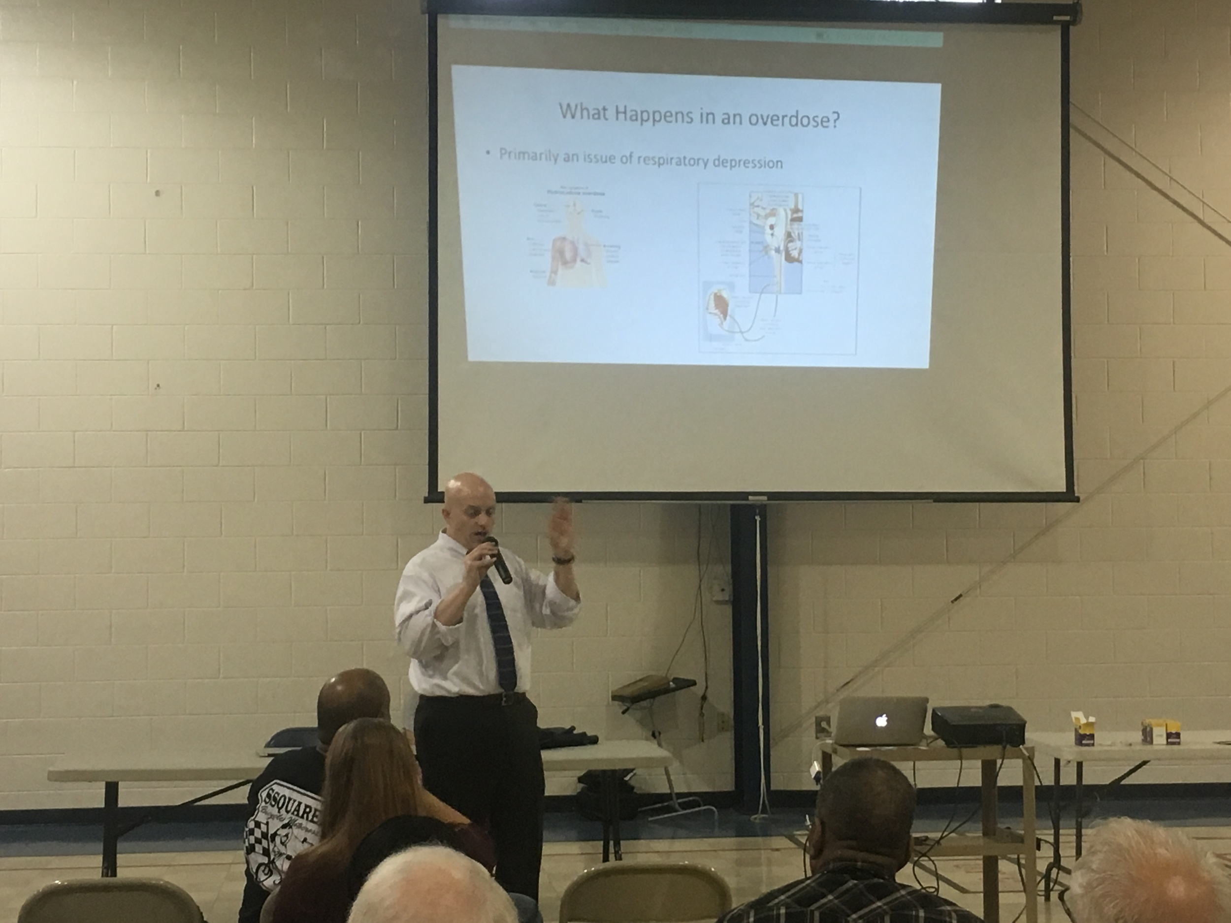 Dr. Jimmy explaining the process that happens during an opioid overdose