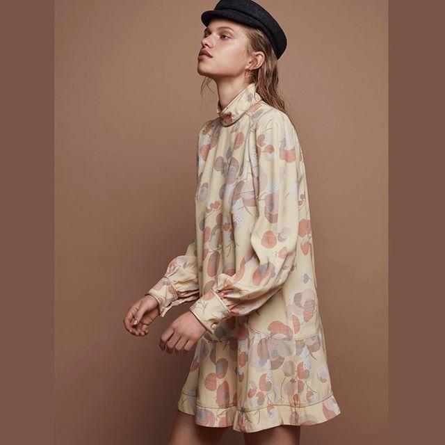 Sabine styled by me🍂Shot by @livfriislarsen hair & make-up @annesofiebegtrup #newwork #fashionstylist #editoral