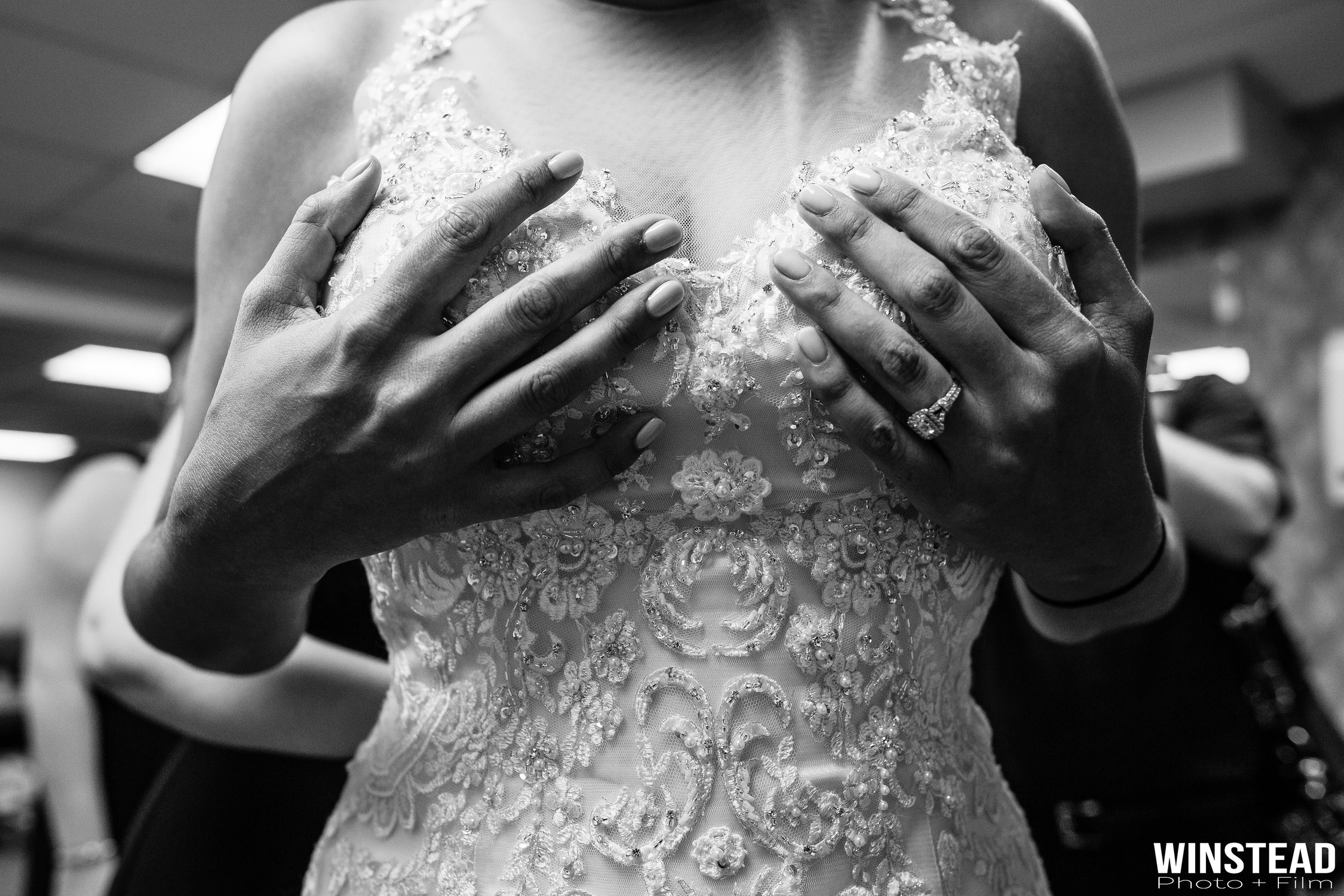 candid-unique-wedding-images.jpg