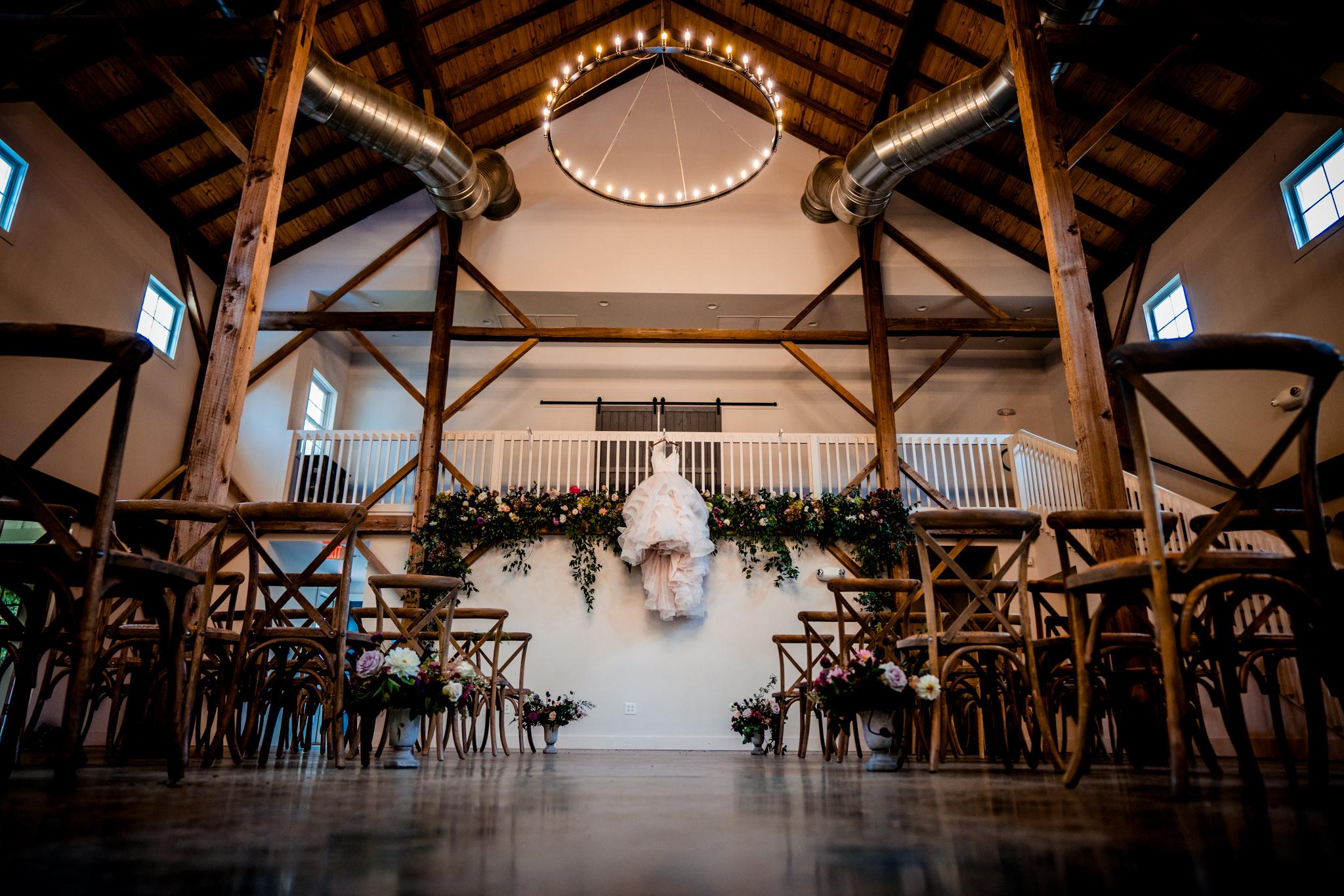 Emily&Ron-Chapel-hill-wedding-barn-13.jpg