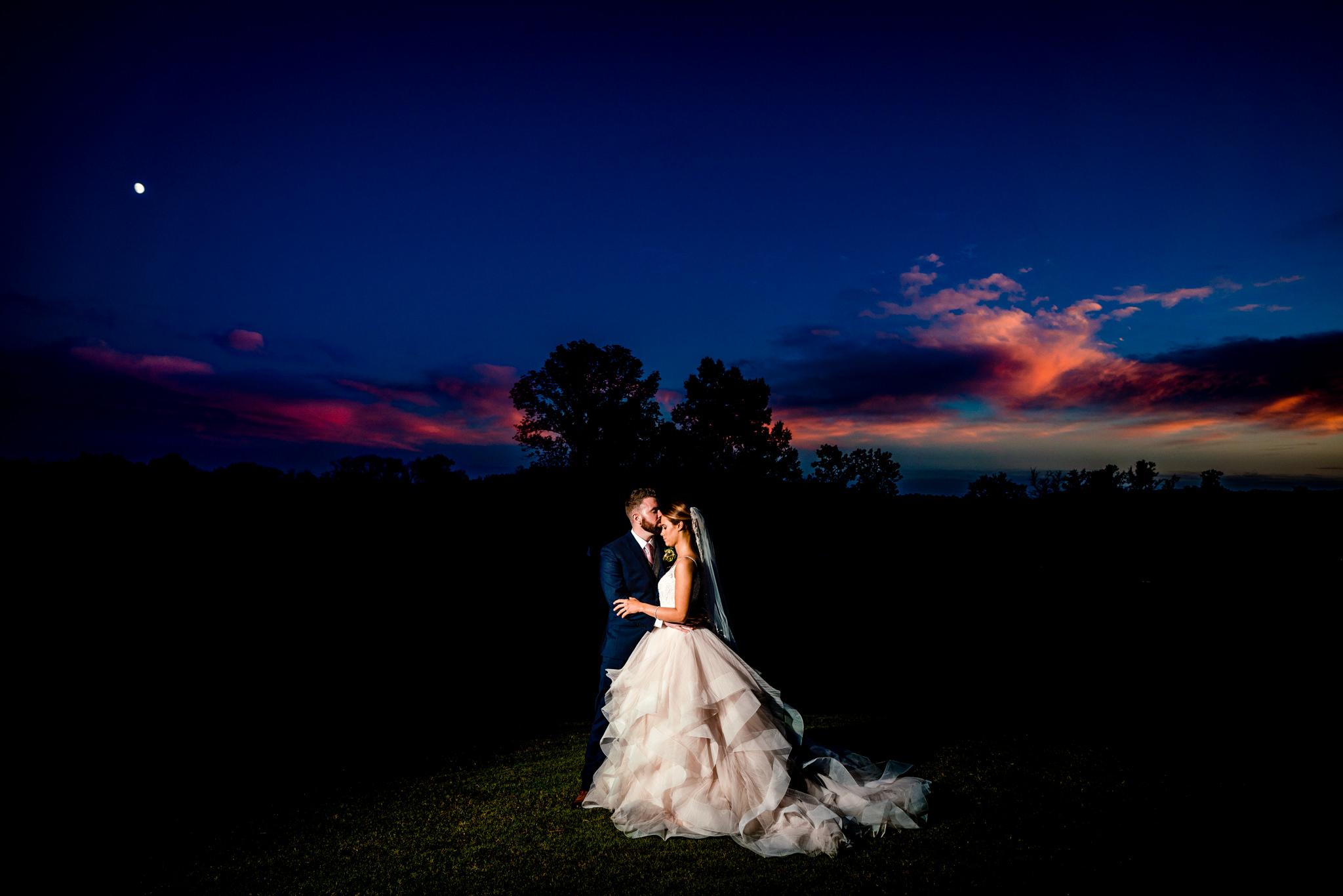 Emily&Ron-Chapel-hill-wedding-barn-77.jpg