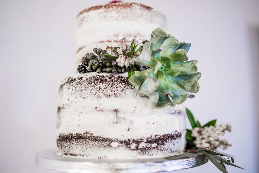 highland-ballroom-poncey-highland-atlanta-wedding-photographer-angela-elliott-wingard-indie-wedding-3-39.jpg