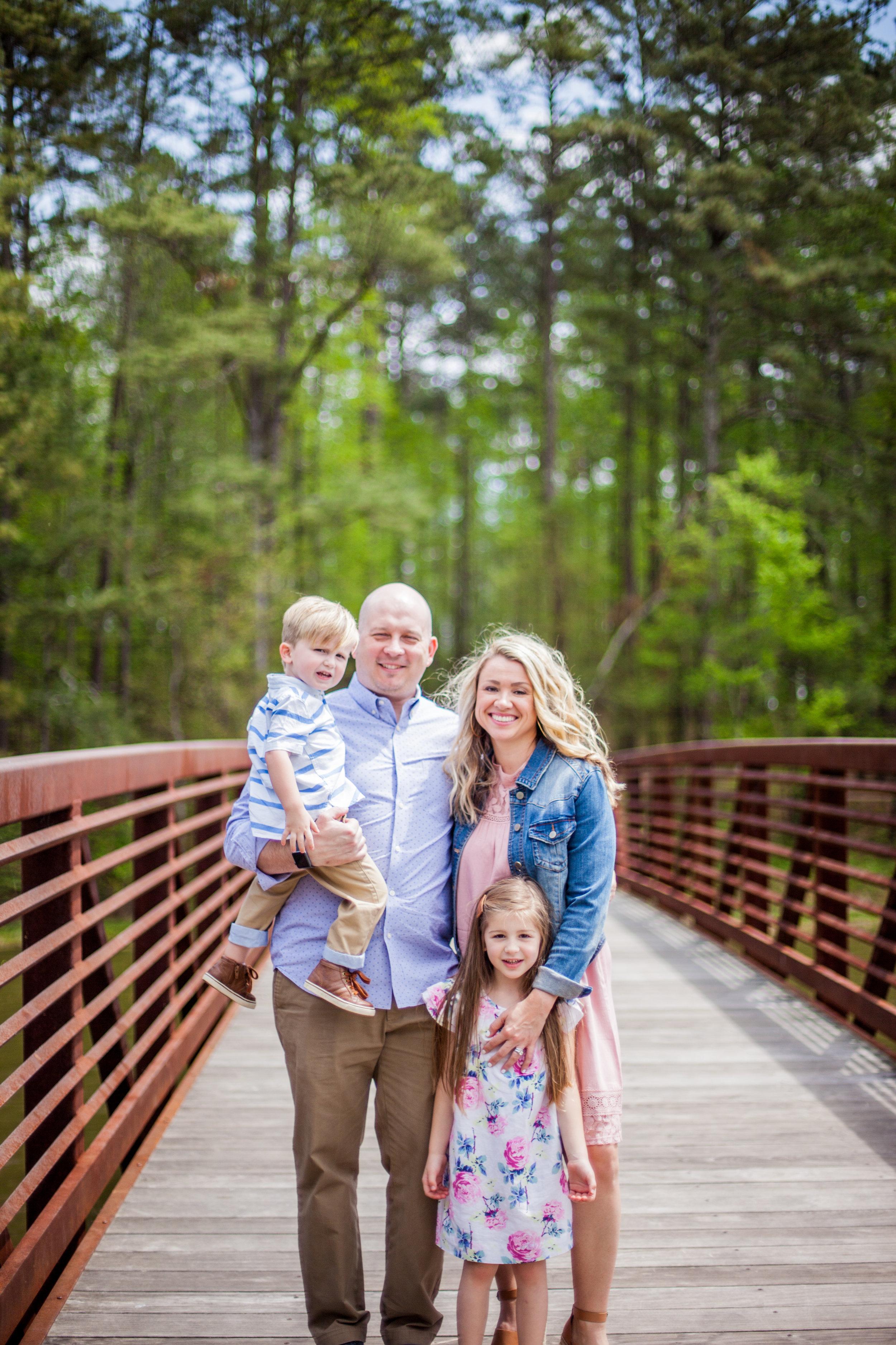 woodstock-family-photography-mini-session-acworth-beach-75.jpg