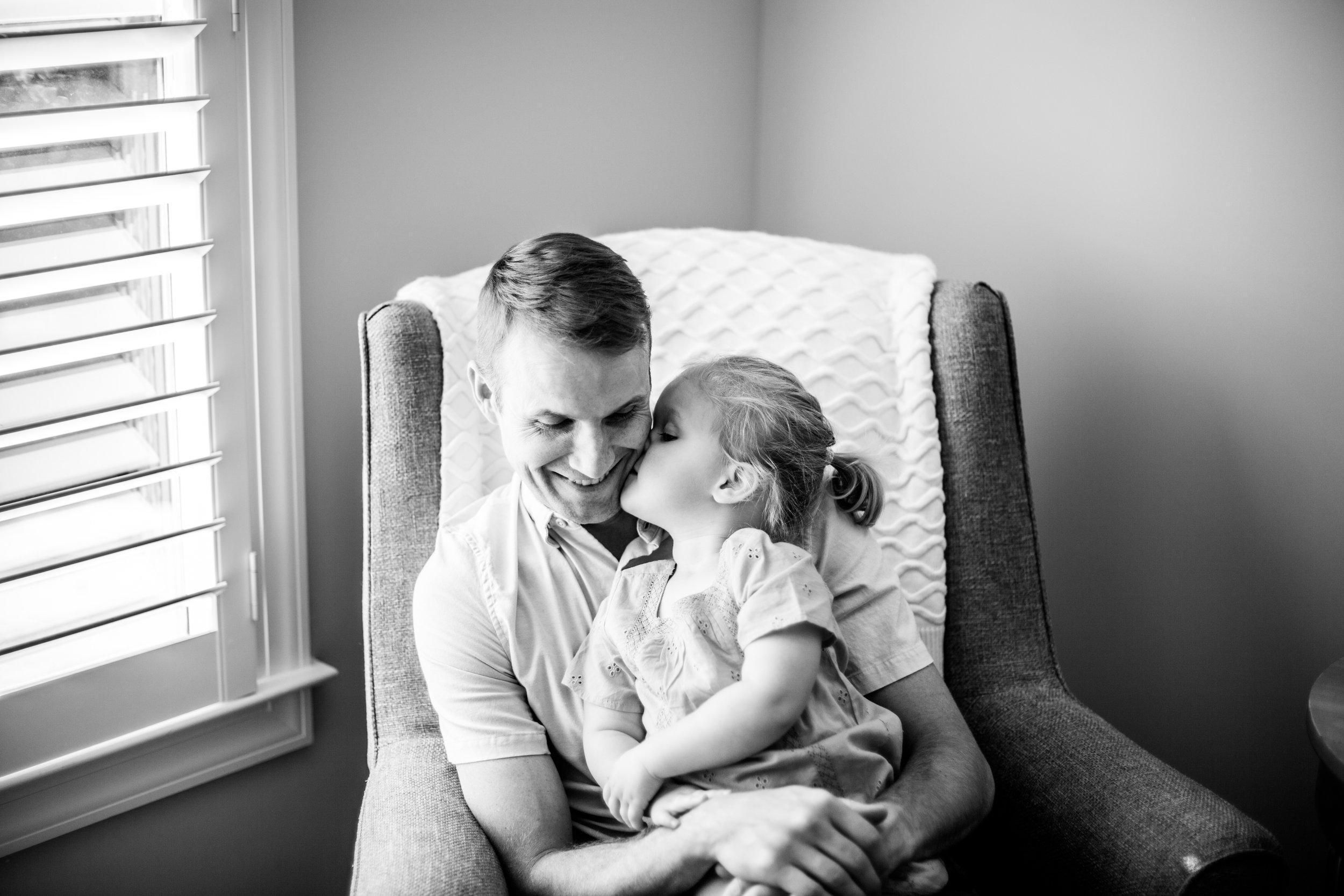 brookhaven-newborn-lifestyle-photography-with-sibling-angela-elliott-wingard-44.jpg