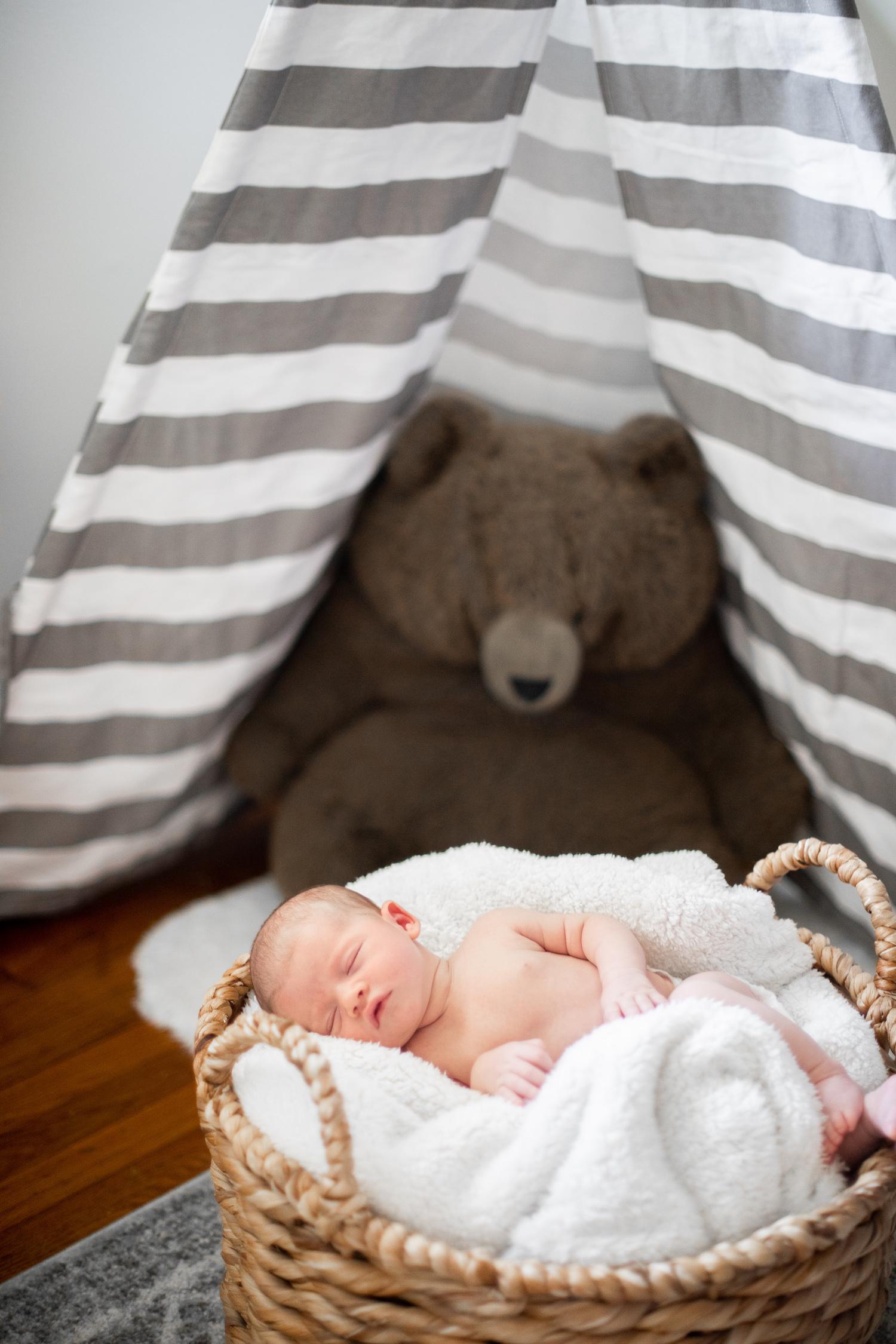 atlanta-chamblee-newborn-photographer-lifestyle-angela-elliott-wingard-35.jpg