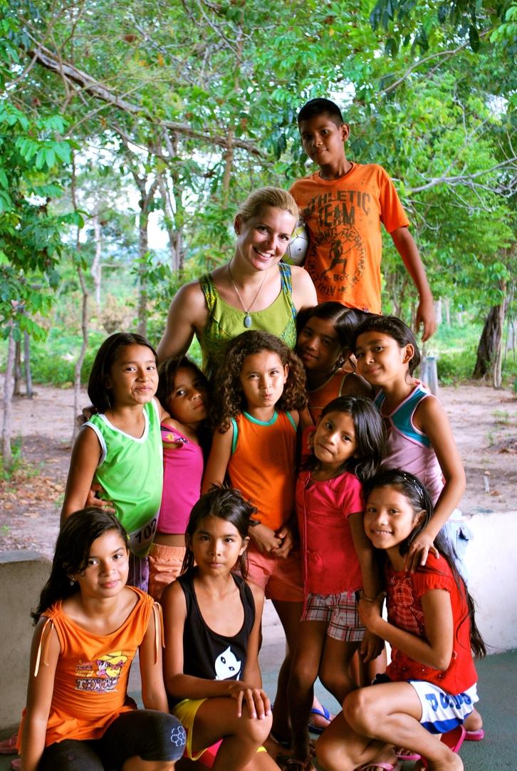 Aliyya with the kids