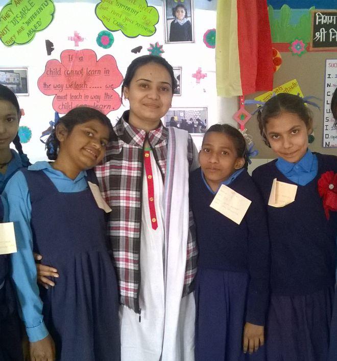 Anita Bhardwaj with her children.jpg