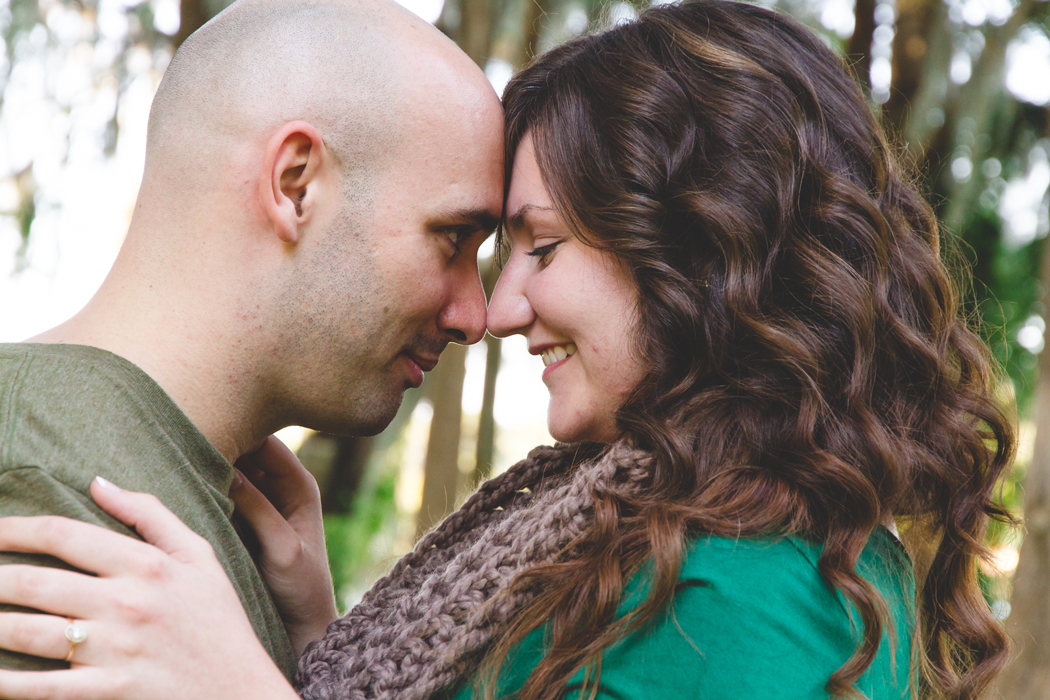 jaime diorio photography outdoor wedding photographer orlando wedding photographer kraft azalea garden park engagement session in winter park (3)