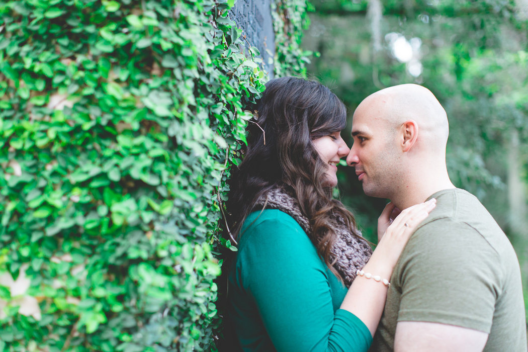 jaime diorio photography outdoor wedding photographer orlando wedding photographer kraft azalea garden park engagement session in winter park (112)