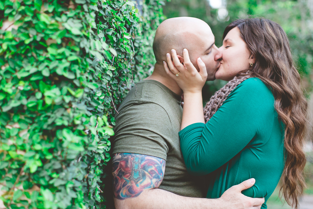 jaime diorio photography outdoor wedding photographer orlando wedding photographer kraft azalea garden park engagement session in winter park (114)