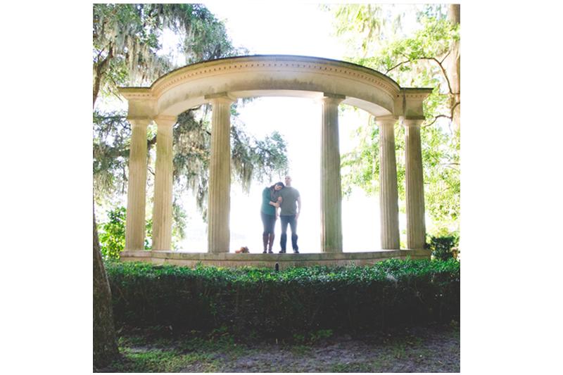 jaime-diorio-photography-outdoor-wedding-photographer-orlando-wedding-photographer-kraft-azalea-garden-park-engagement-session-in-winter-park-91.jpg