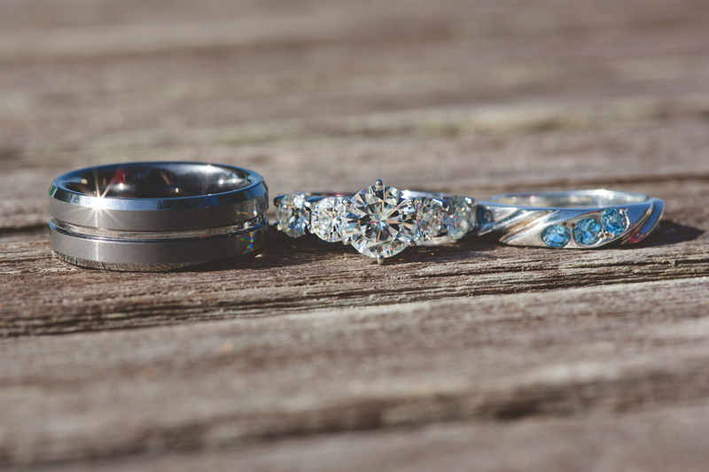 Outdoor Southern Wedding | wedding rings
