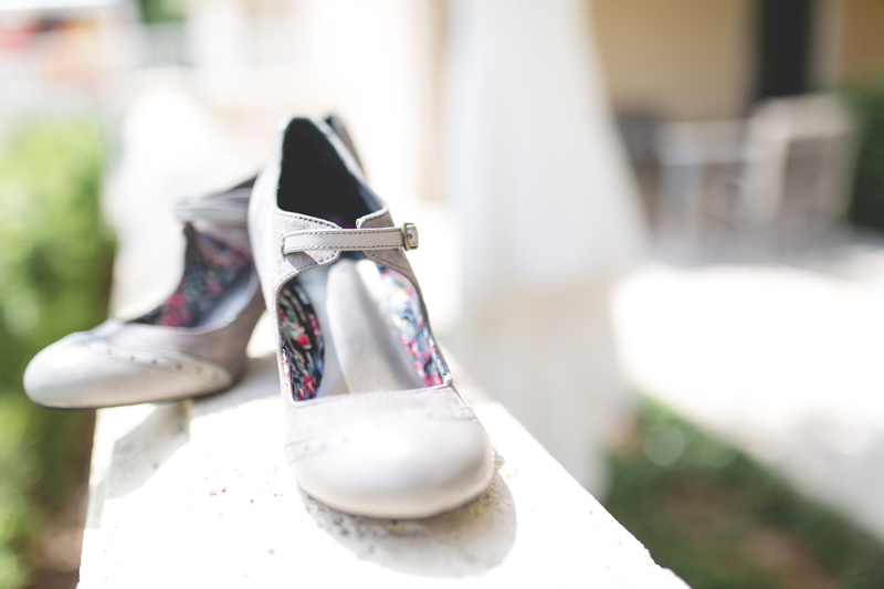 10 grey bridal shoes orlando outdoor wedding photographer 310 lakeside wedding lake eola wedding.jpg
