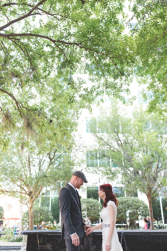 34 pretty wedding photo of bride and groom orlando outdoor wedding photographer 310 lakeside wedding cj-224.jpg