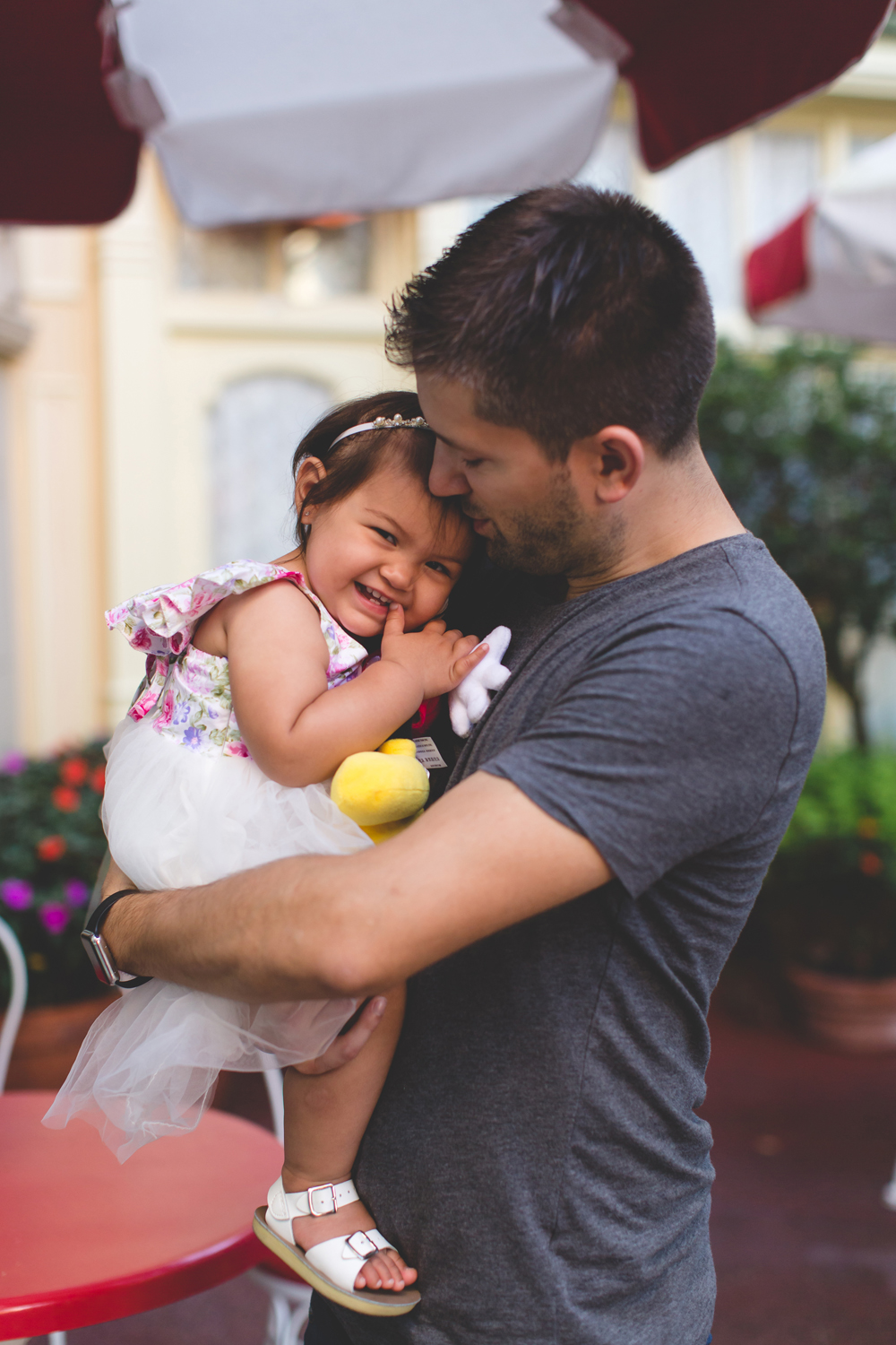 Jaime DiOrio - Disney Family Session - Orlando Family Photographer - Magic Kingdom Family Session - Documentary Photographer (18).jpg