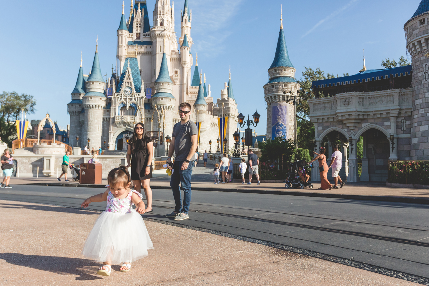 Jaime DiOrio - Disney Family Session - Orlando Family Photographer - Magic Kingdom Family Session - Documentary Photographer (93).jpg