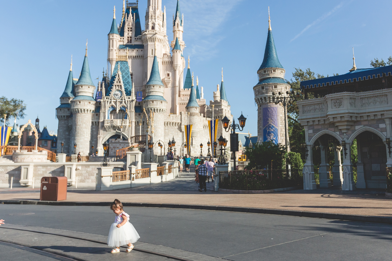 Jaime DiOrio - Disney Family Session - Orlando Family Photographer - Magic Kingdom Family Session - Documentary Photographer (94).jpg
