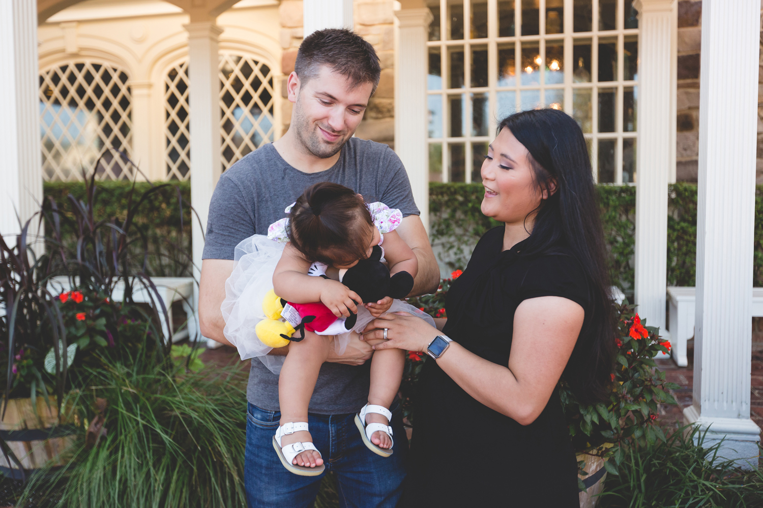 Jaime DiOrio - Disney Family Session - Orlando Family Photographer - Magic Kingdom Family Session - Documentary Photographer (111).jpg