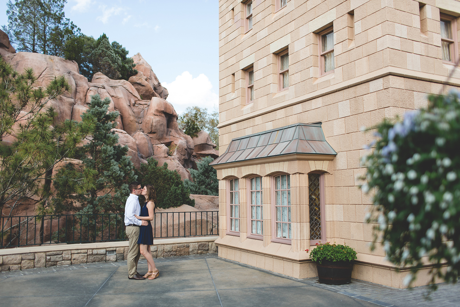 jaime DiOrio - Epcot Engagement photo - Epcot Engagement Session - couple kissing at epcot - Disney Engagement photo - orlando wedding photographer.jpg