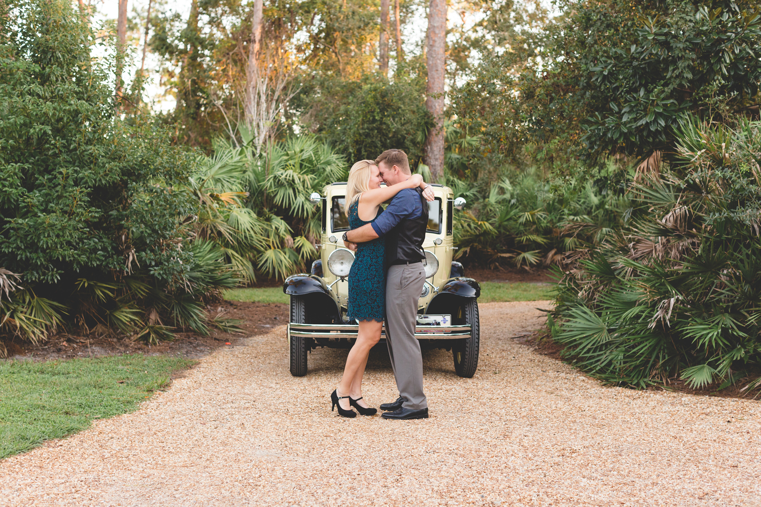 Jaime DiOrio - engagement Session - vintage car.jpg