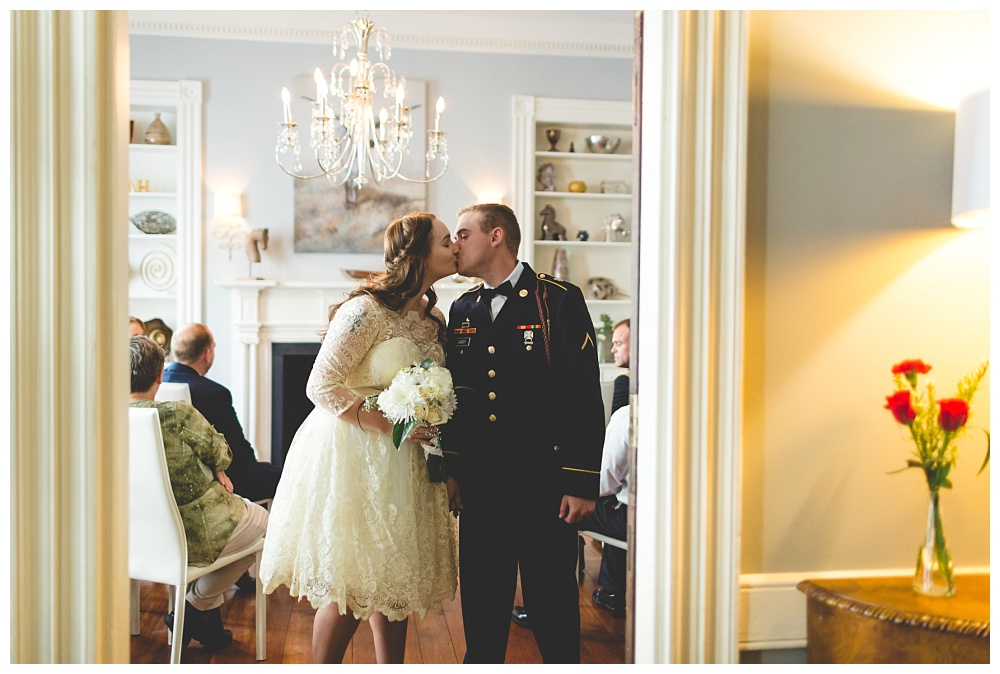 Historic-Downtown-Savannah-GA-Intimate-Wedding_3663.jpg