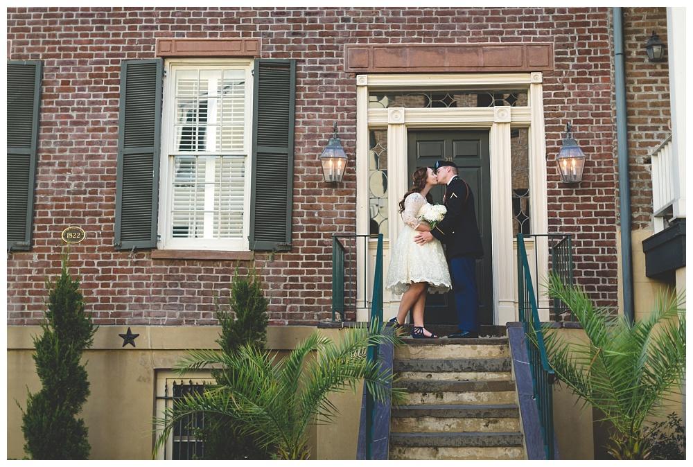 Historic-Downtown-Savannah-GA-Intimate-Wedding_3671.jpg