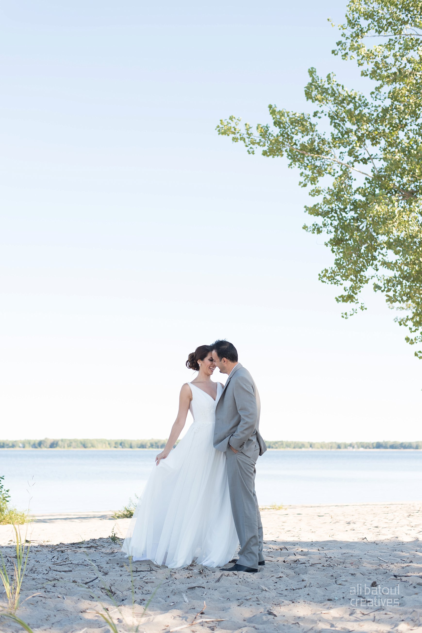 Alaa + Jad - Ottawa Beach Bridal Shoot (Ali Batoul Creatives)-17_Stomped.jpg
