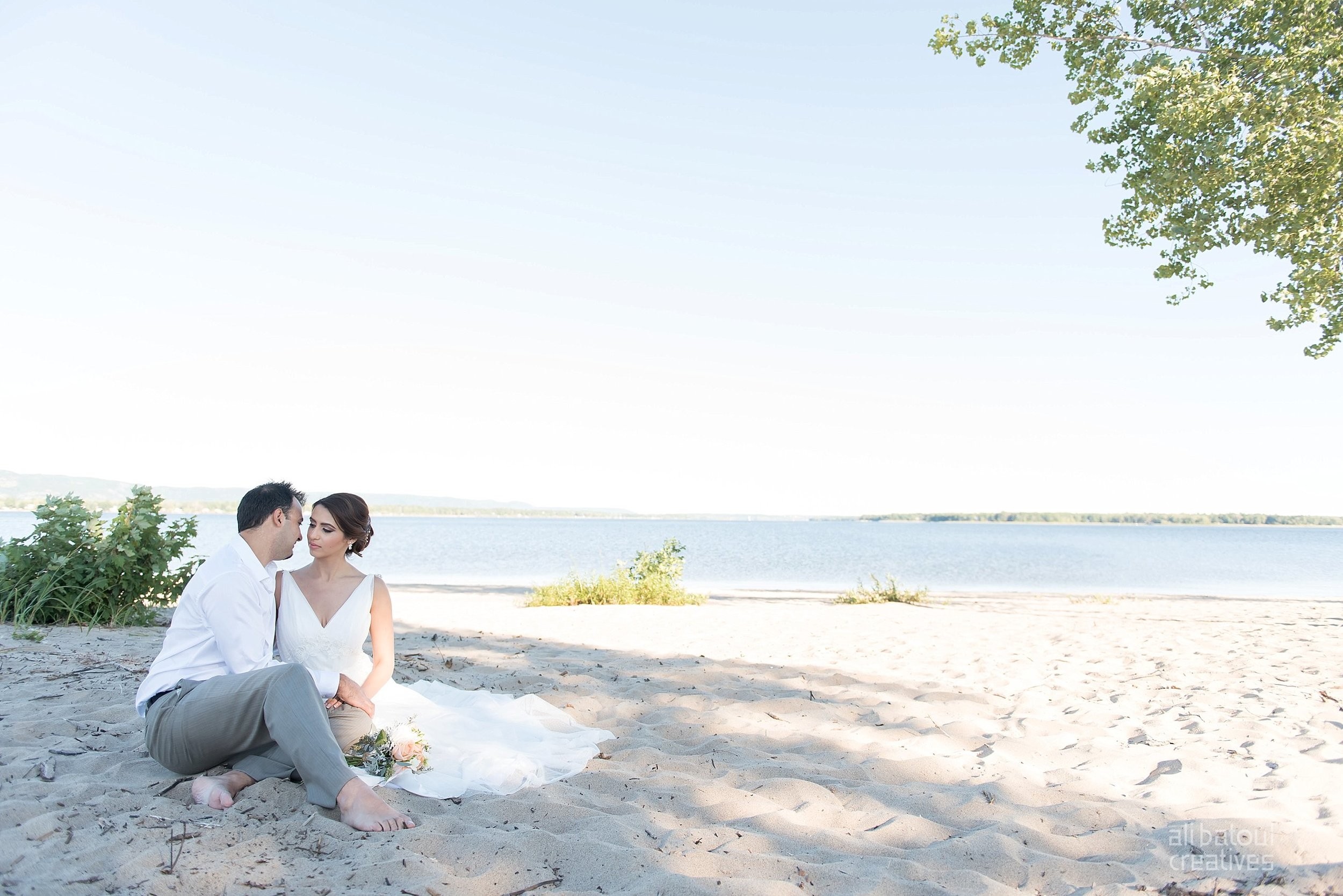 Alaa + Jad - Ottawa Beach Bridal Shoot (Ali Batoul Creatives)-28_Stomped.jpg