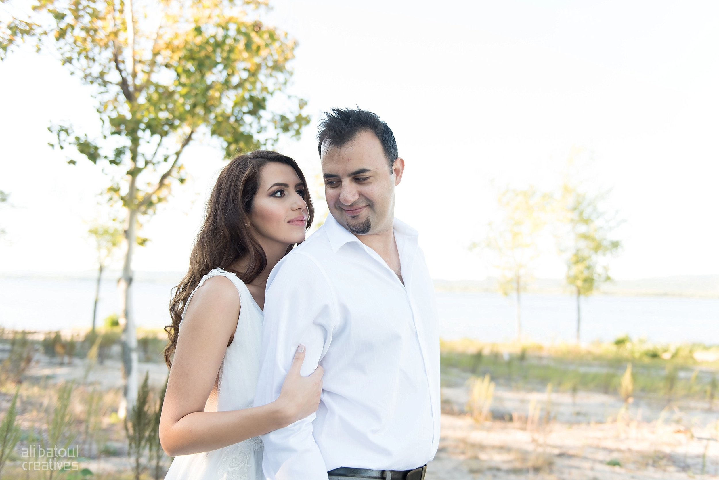 Alaa + Jad - Ottawa Beach Bridal Shoot (Ali Batoul Creatives)-61_Stomped.jpg