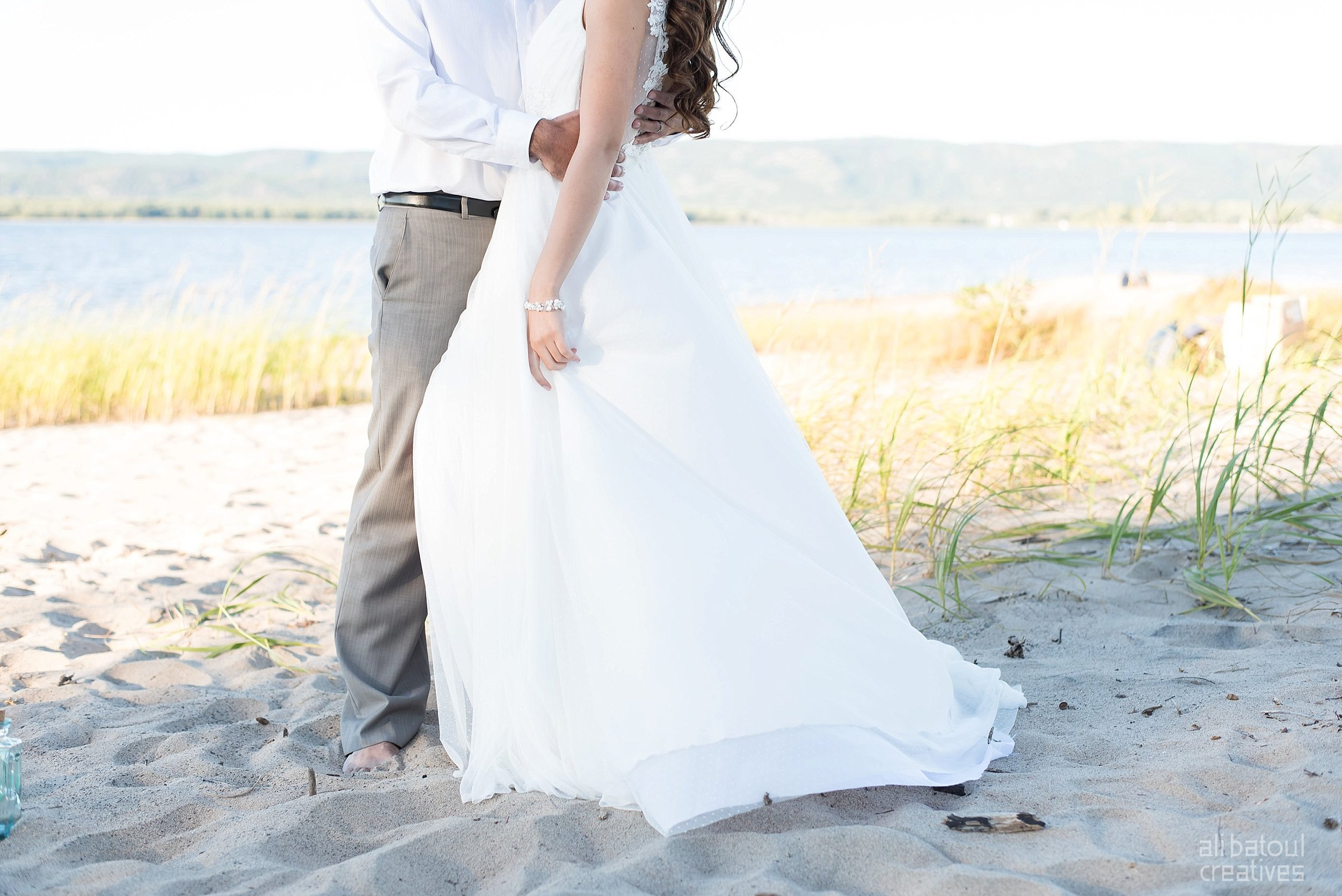 Alaa + Jad - Ottawa Beach Bridal Shoot (Ali Batoul Creatives)-82_Stomped.jpg