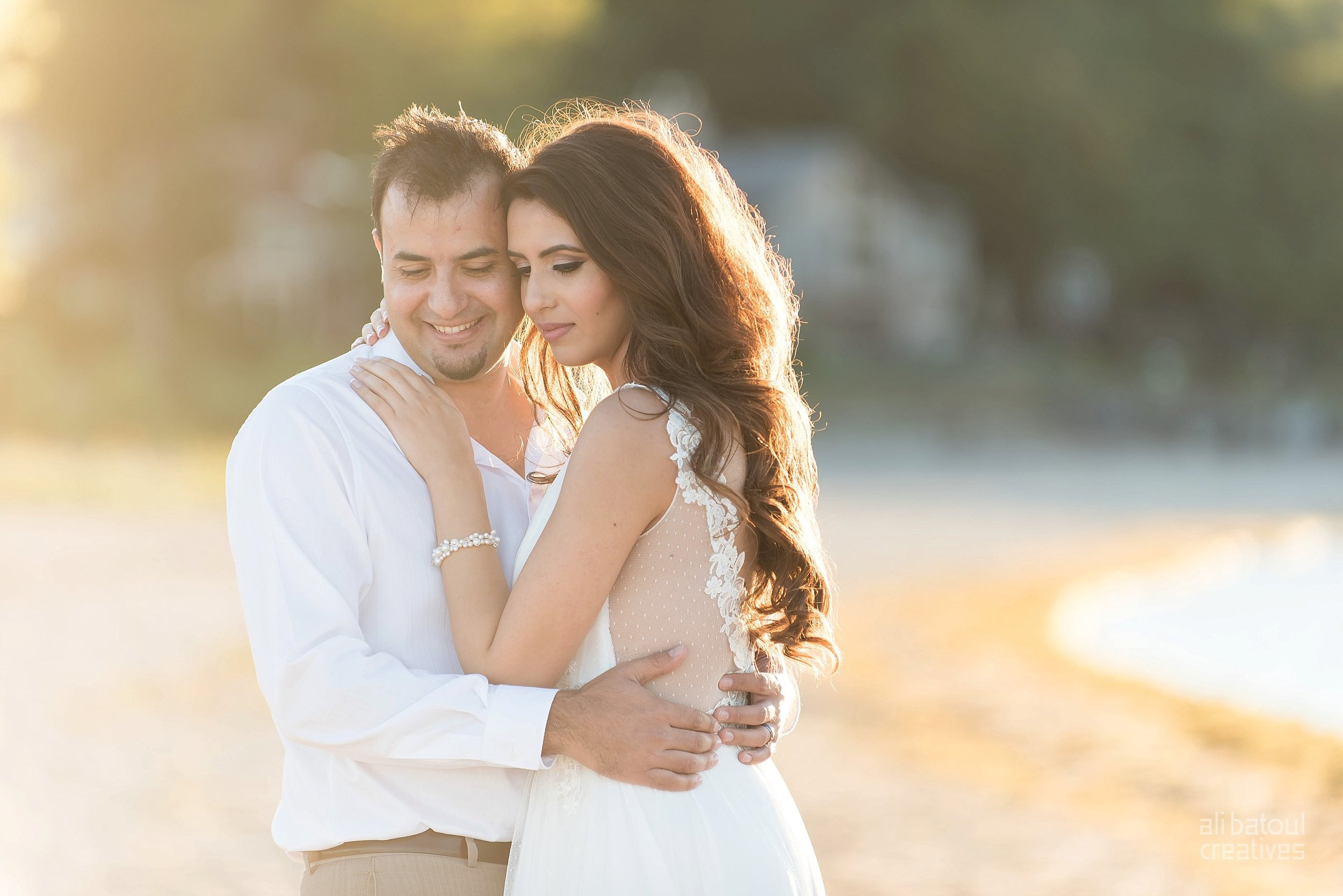 Alaa + Jad - Ottawa Beach Bridal Shoot (Ali Batoul Creatives)-112_Stomped.jpg