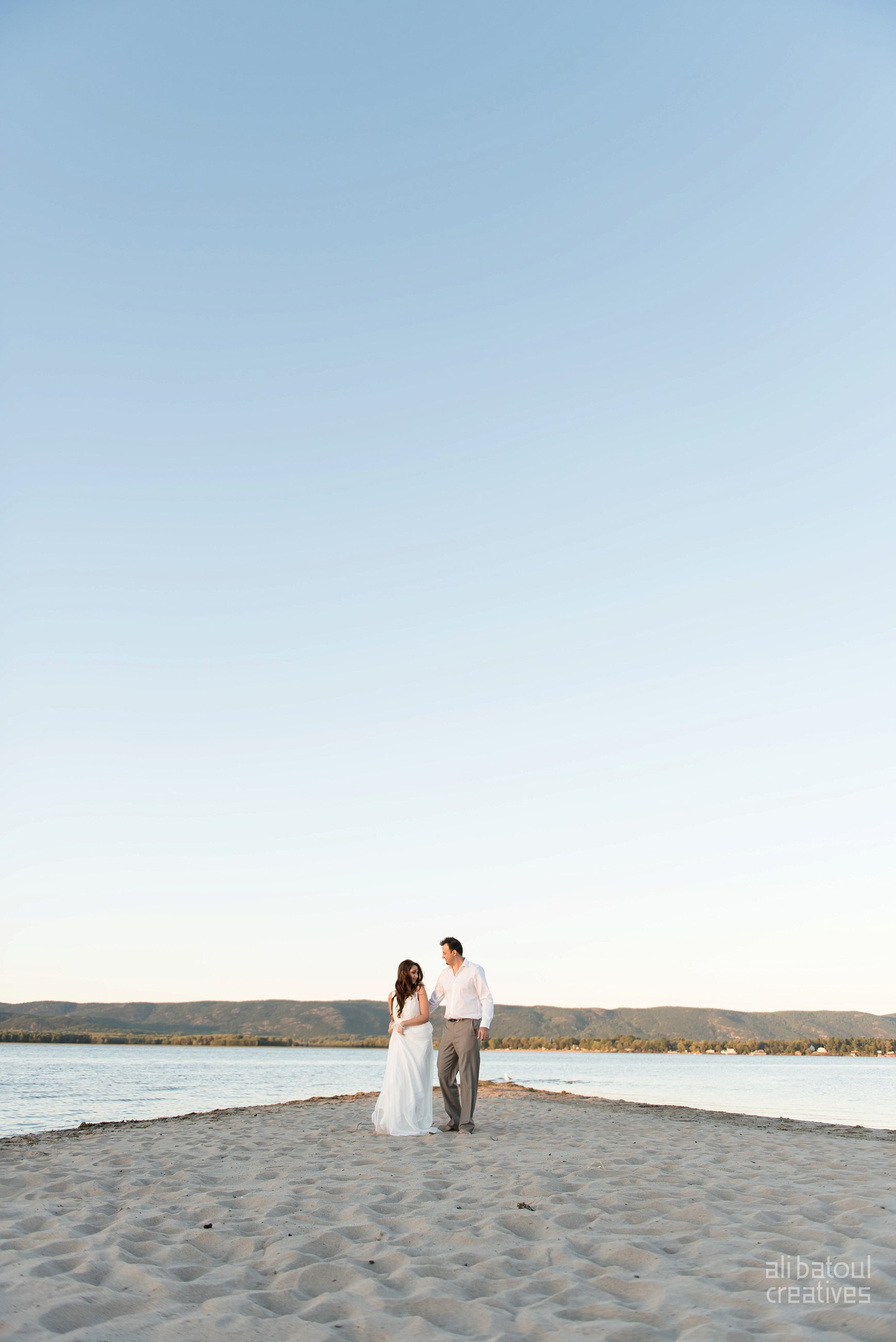 Alaa + Jad - Ottawa Beach Bridal Shoot (Ali Batoul Creatives)-125_Stomped.jpg