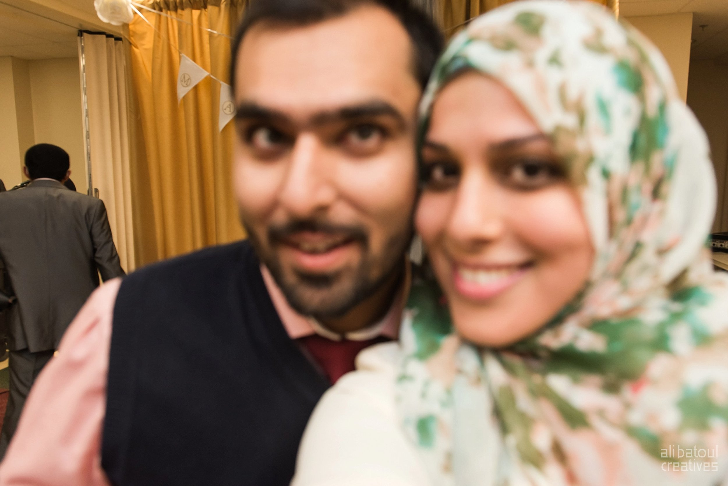 Trying to selfie it with a DSLR. Doesn't work all the time!