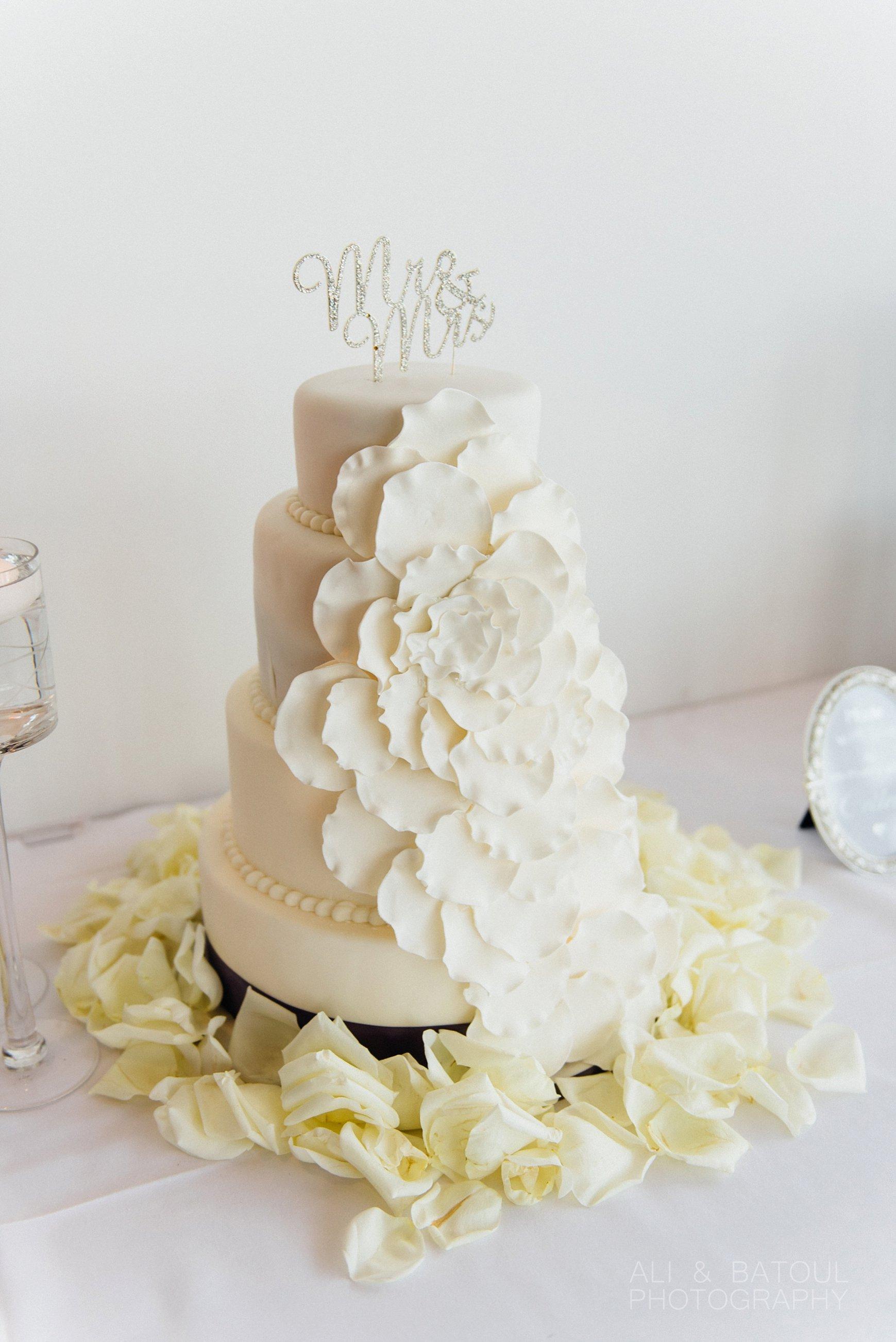 Ali & Batoul Photography - Documentary Fine Art Ottawa Wedding Photography_0017.jpg