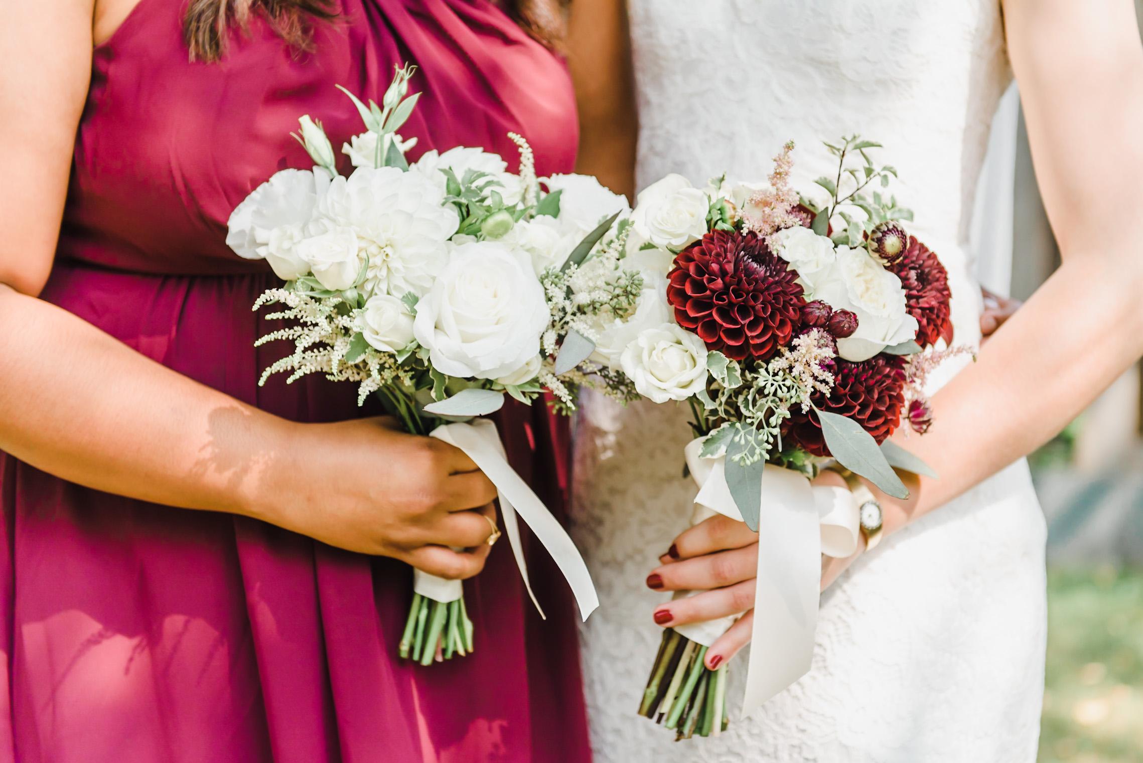 Ottawa Organic Garden-Inspired Wedding Bouquet  | Ottawa Light and Airy Wedding Photographer-47.jpg
