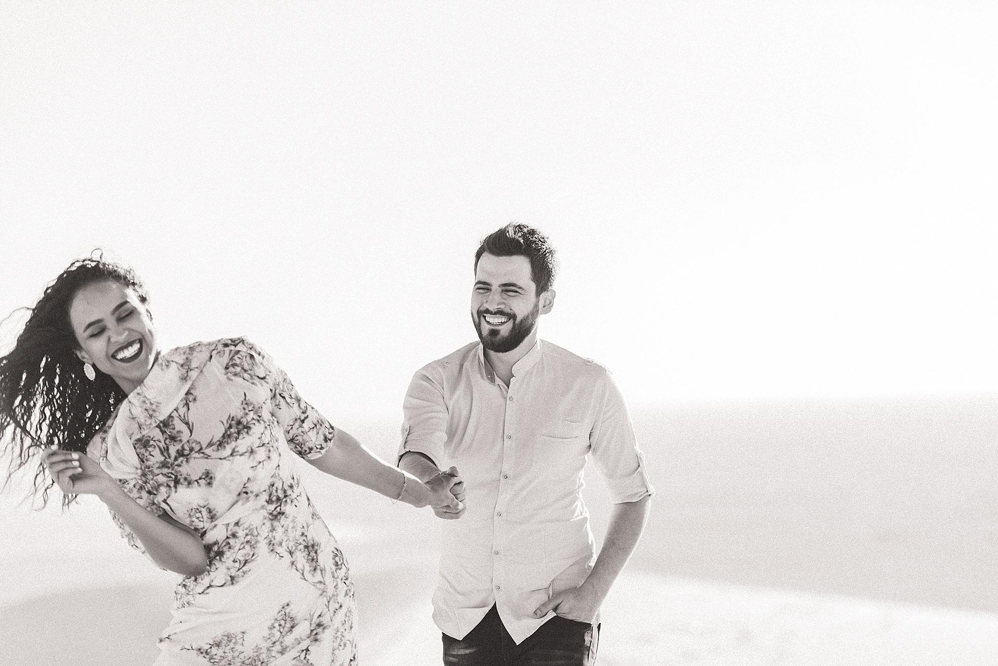 Singing Sand Dunes Desert Love Shoot   Ali and Batoul Photography_0012.jpg