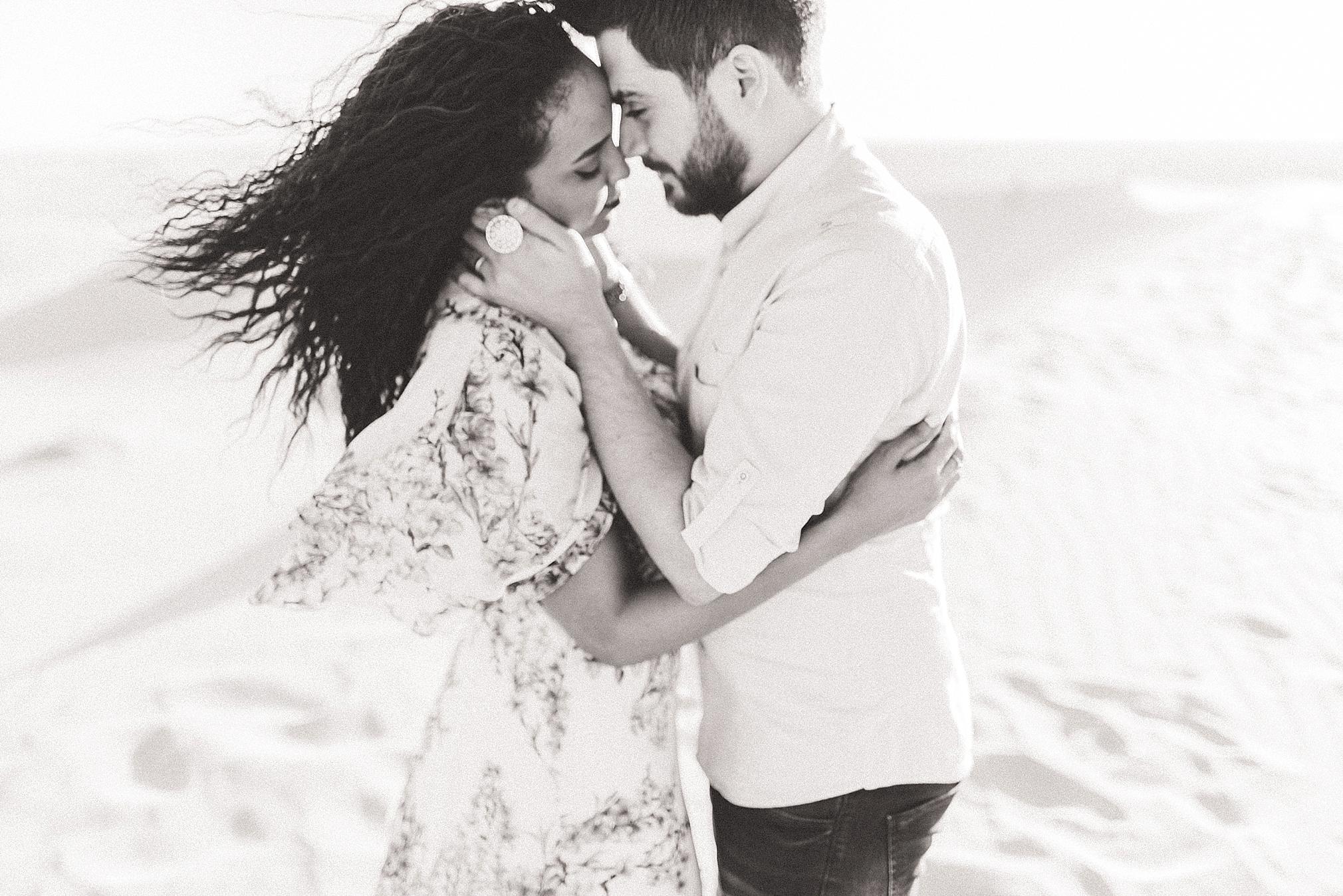 Singing Sand Dunes Desert Love Shoot   Ali and Batoul Photography_0021.jpg