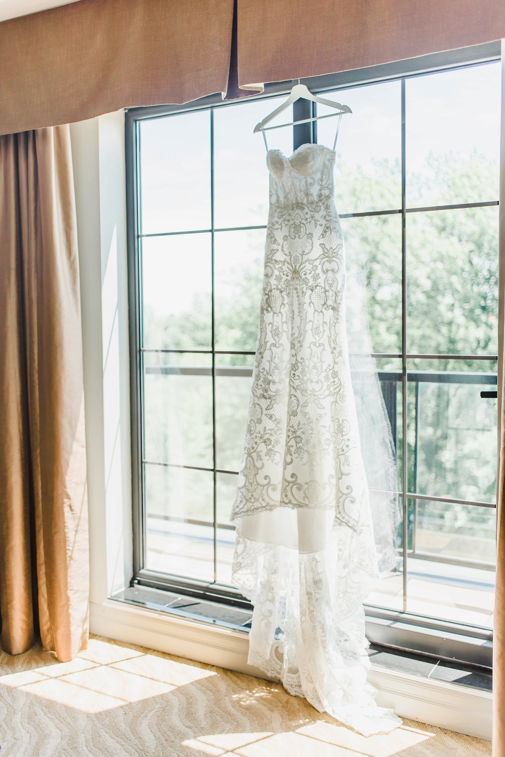 light airy indie fine art ottawa wedding photographer | Ali and Batoul Photography_0012.jpg