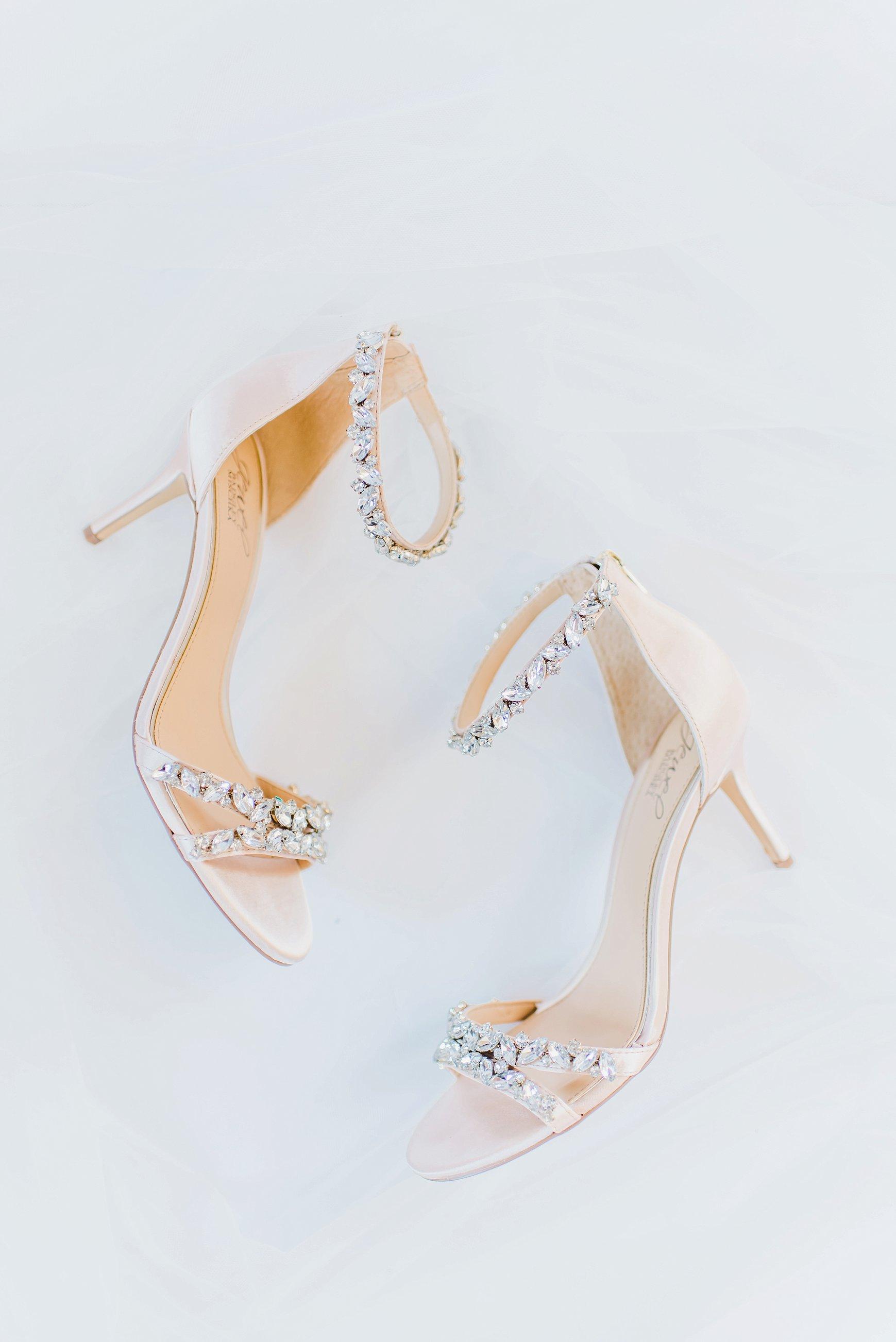 I loved Kaylea's choice in  Badgley Mischka  bridal shoes!