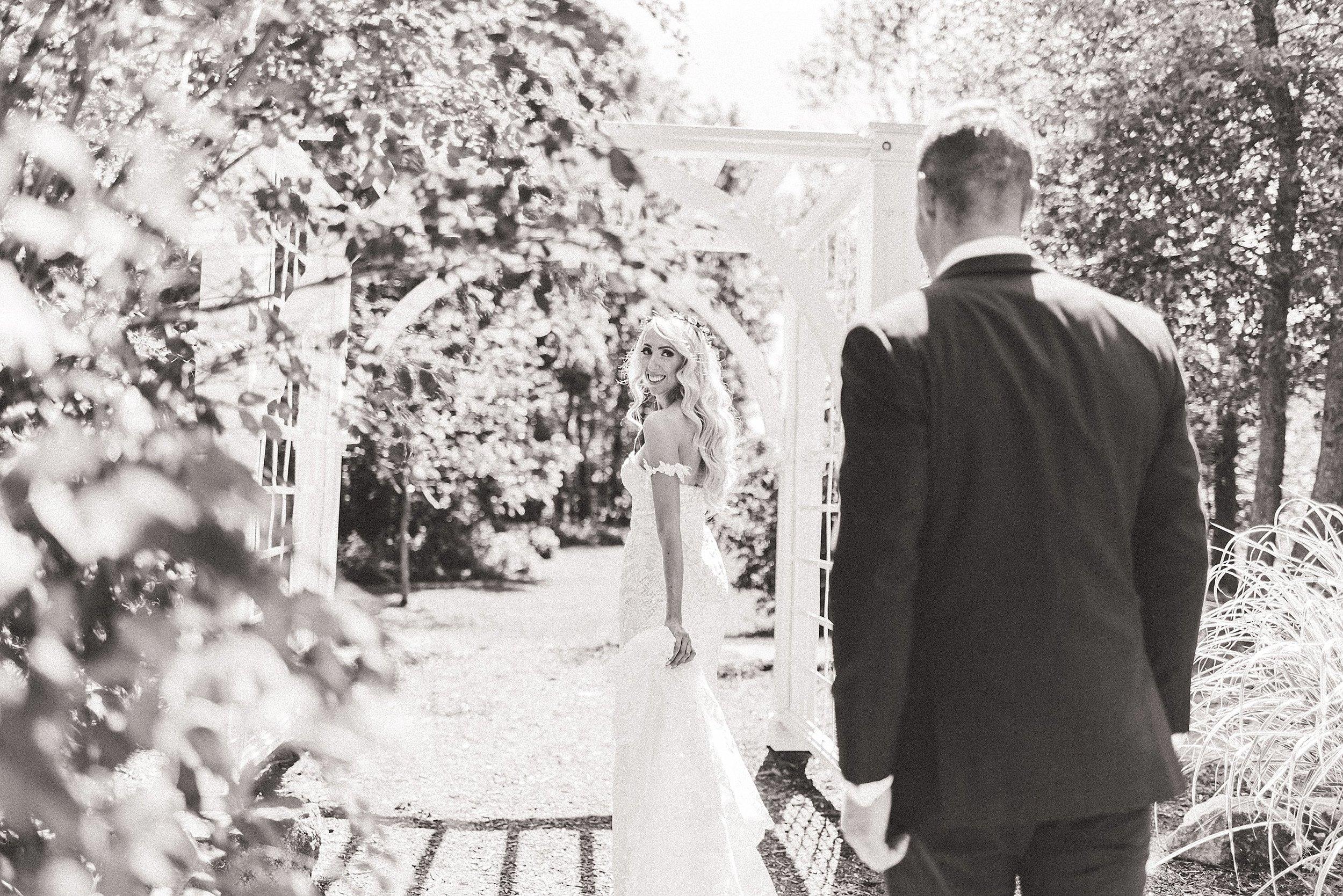 light airy indie fine art ottawa wedding photographer | Ali and Batoul Photography_0045.jpg