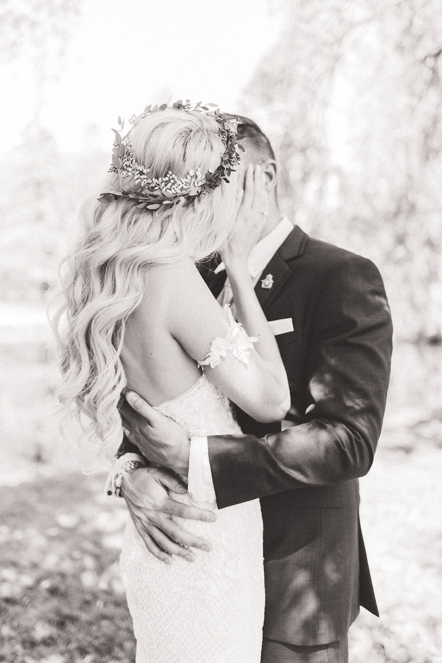 light airy indie fine art ottawa wedding photographer | Ali and Batoul Photography_0051.jpg