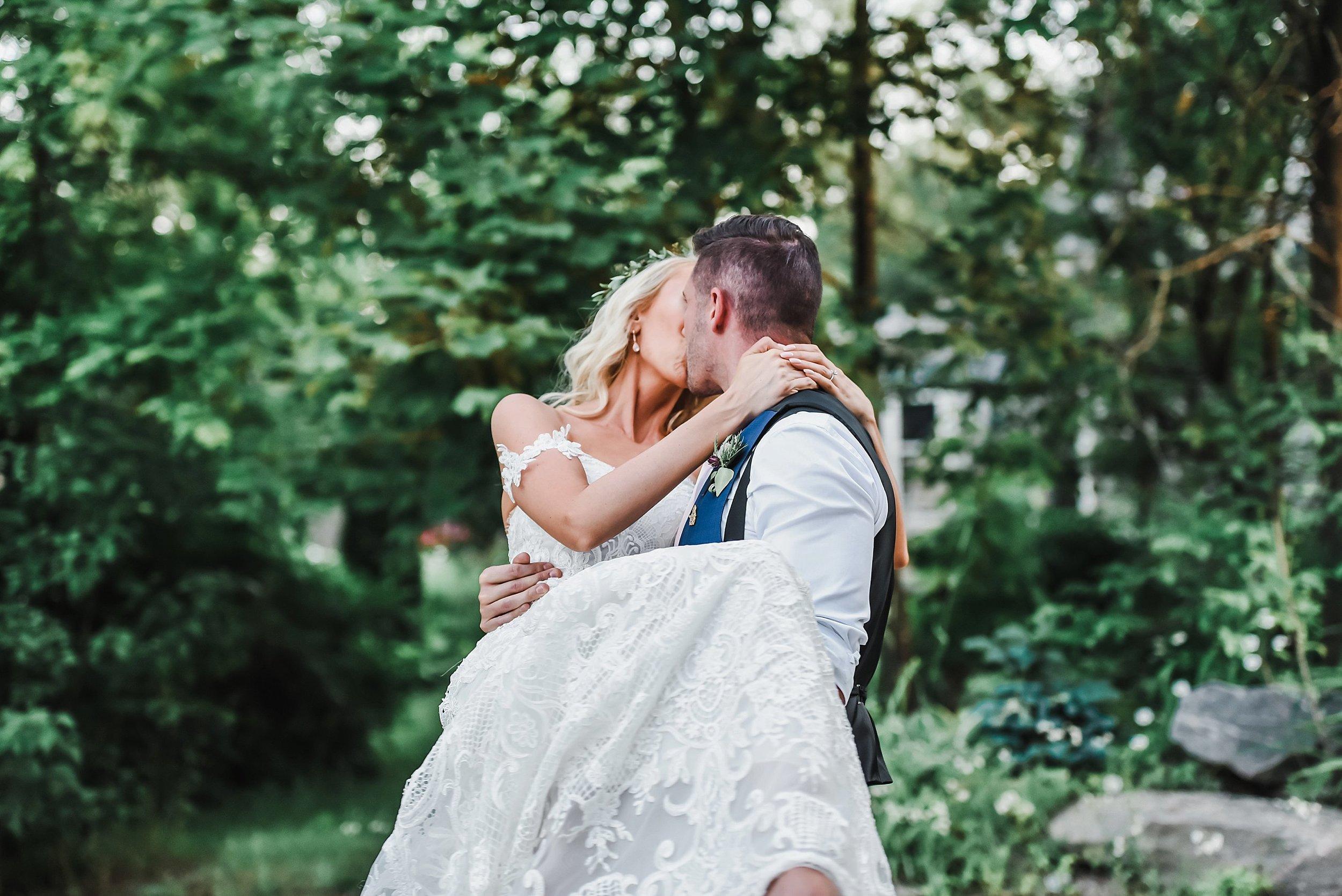 light airy indie fine art ottawa wedding photographer | Ali and Batoul Photography_0112.jpg
