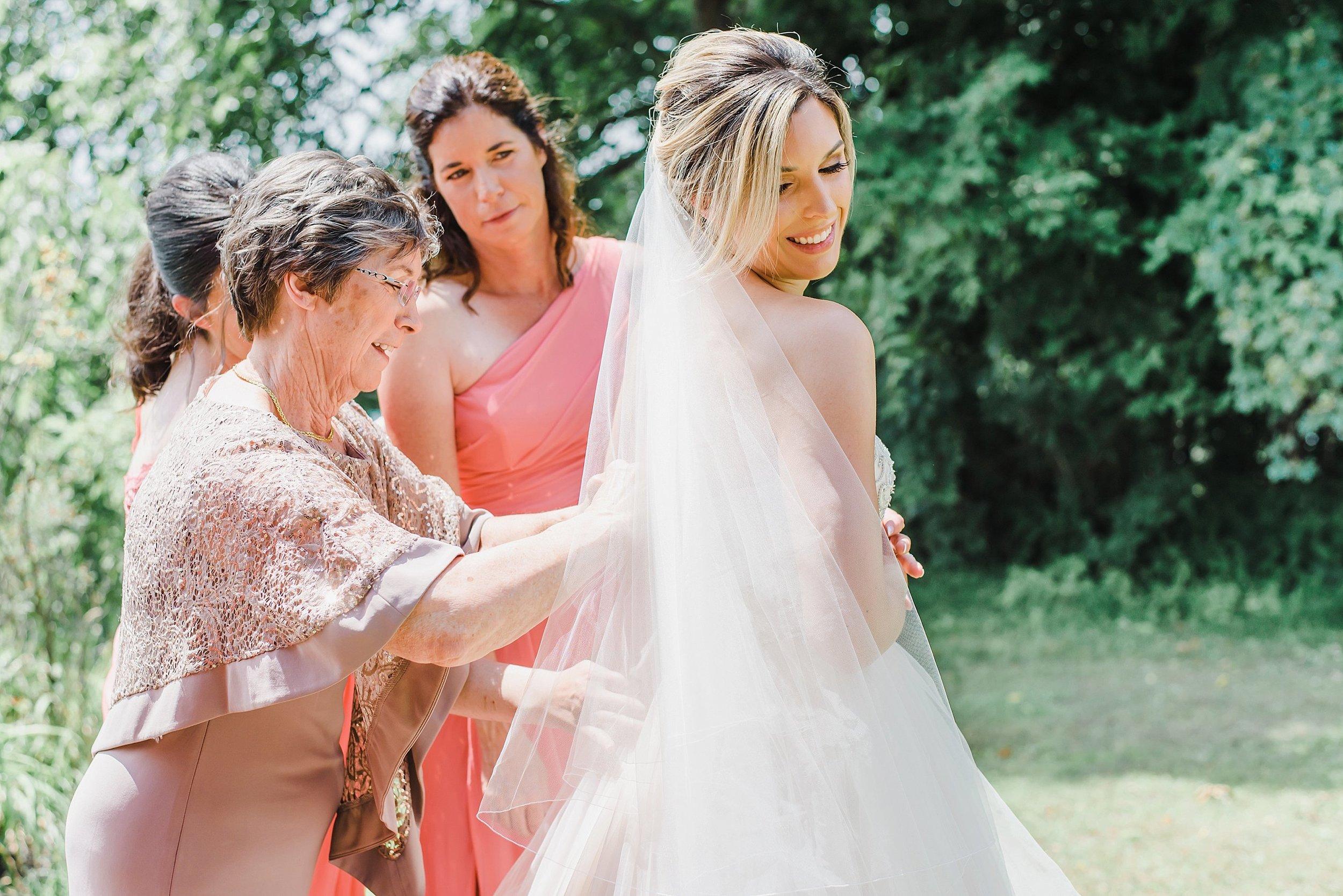 light airy indie fine art ottawa wedding photographer | Ali and Batoul Photography_0139.jpg