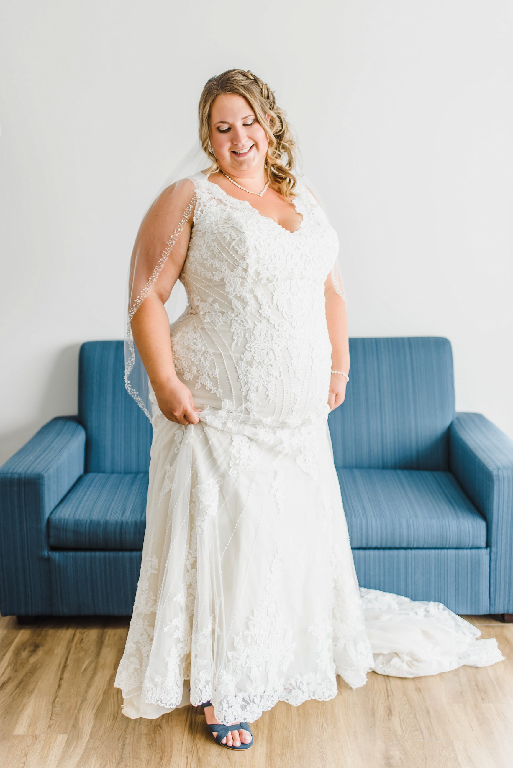 light airy indie fine art ottawa wedding photographer | Ali and Batoul Photography_0347.jpg