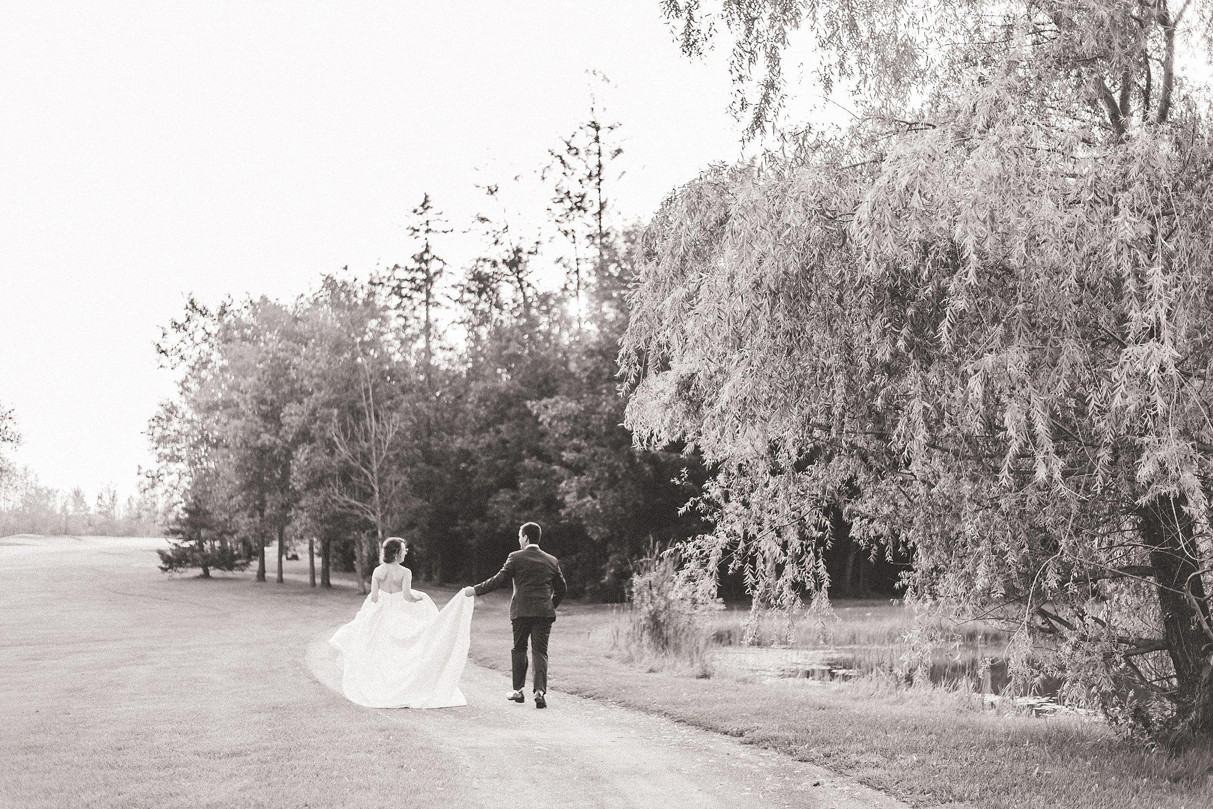 light airy indie fine art ottawa wedding photographer | Ali and Batoul Photography_0571.jpg
