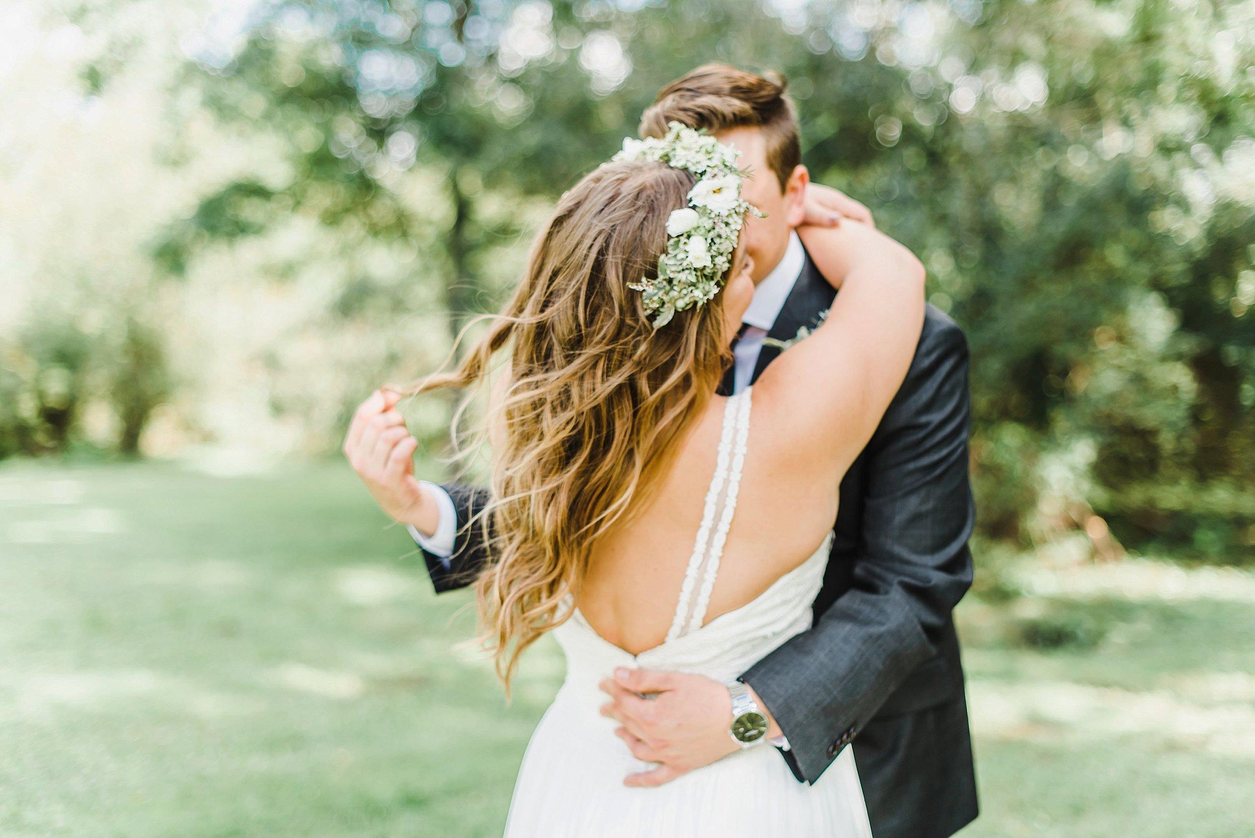 light airy indie fine art ottawa wedding photographer | Ali and Batoul Photography_1124.jpg