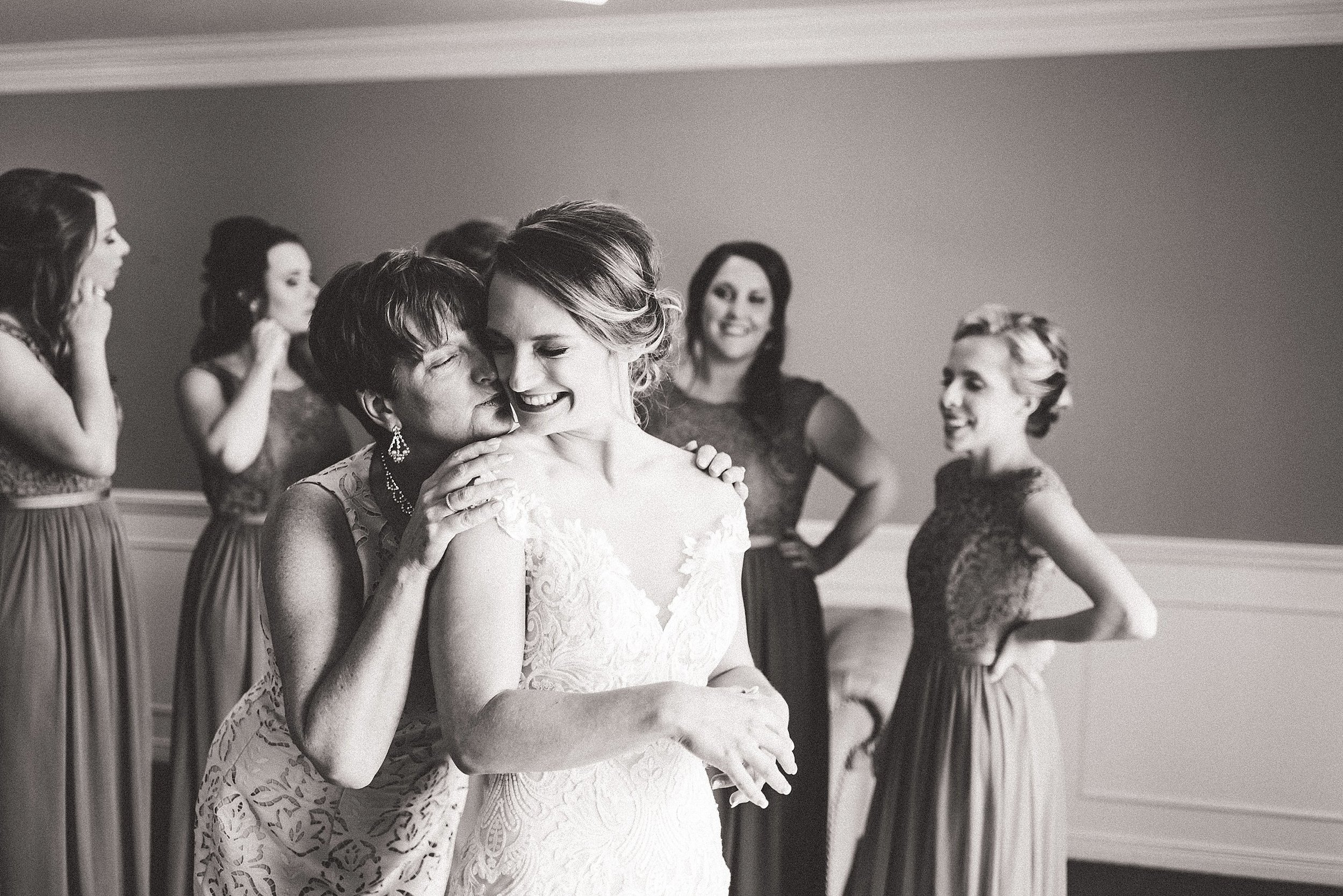 light airy indie fine art ottawa wedding photographer | Ali and Batoul Photography_1224.jpg