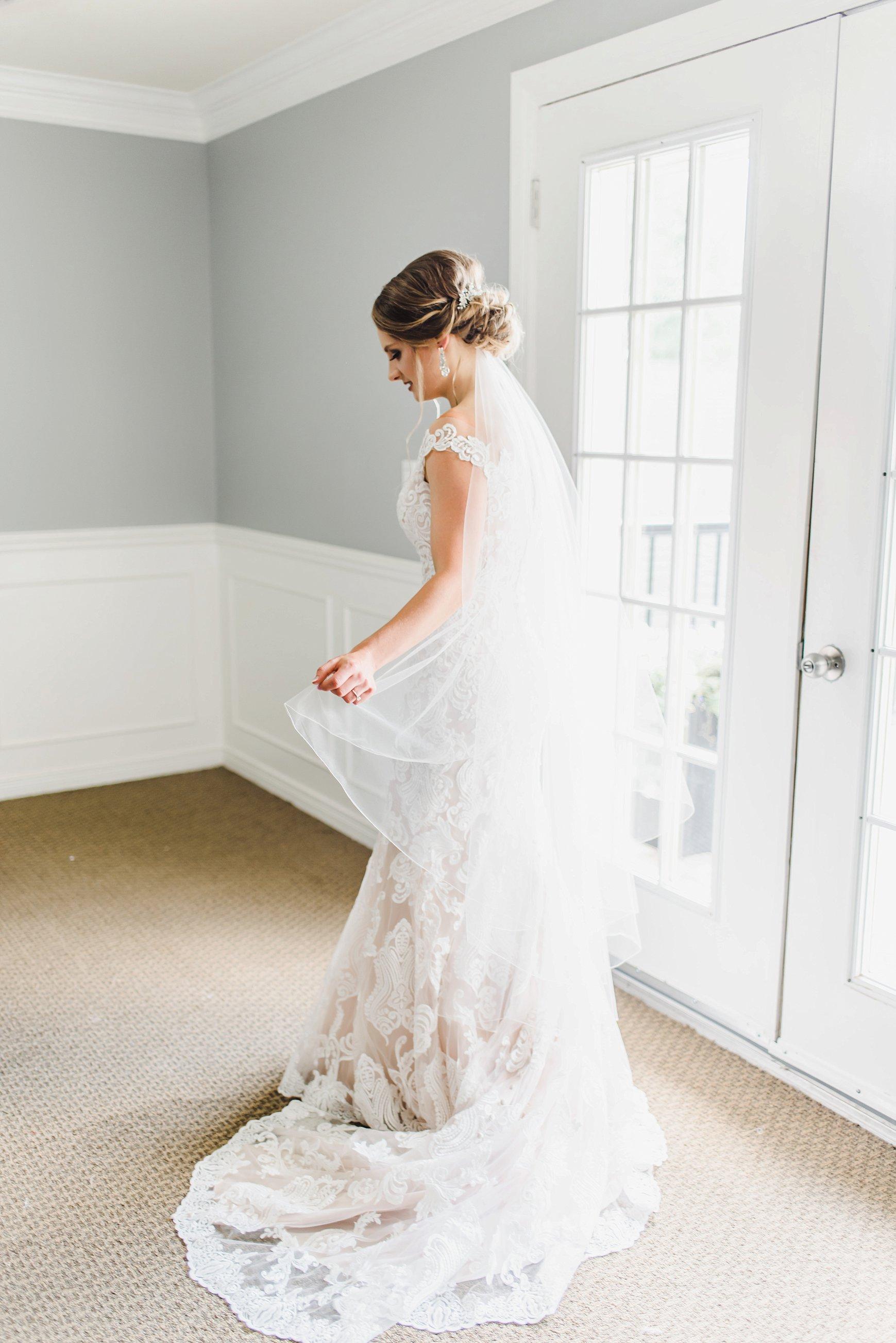 light airy indie fine art ottawa wedding photographer | Ali and Batoul Photography_1229.jpg
