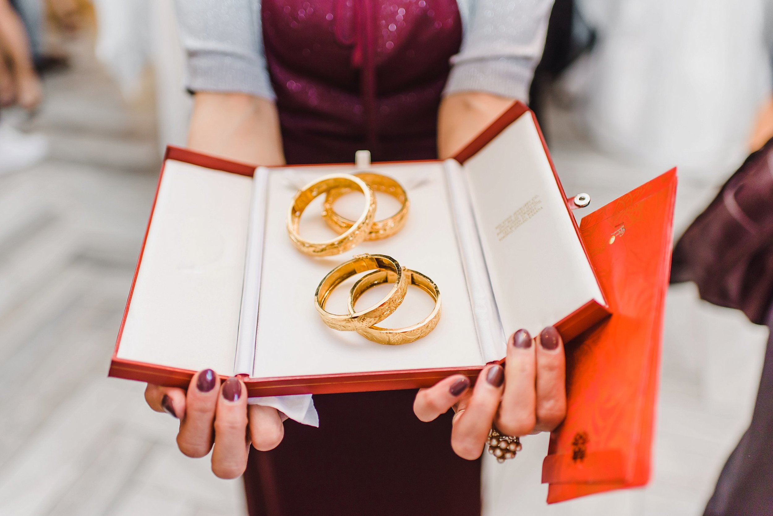 light airy indie fine art ottawa wedding photographer | Ali and Batoul Photography_1517.jpg