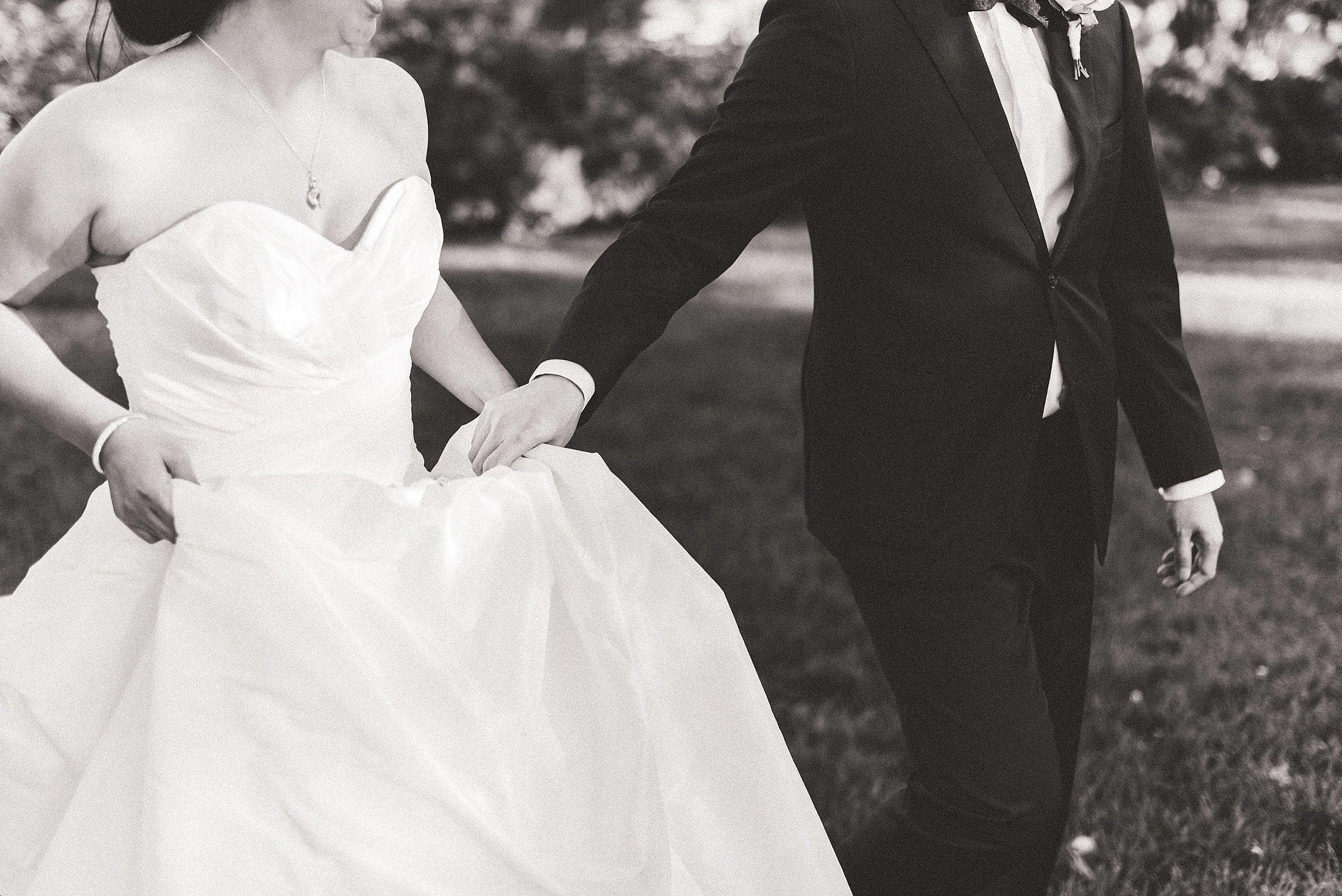 light airy indie fine art ottawa wedding photographer | Ali and Batoul Photography_1550.jpg